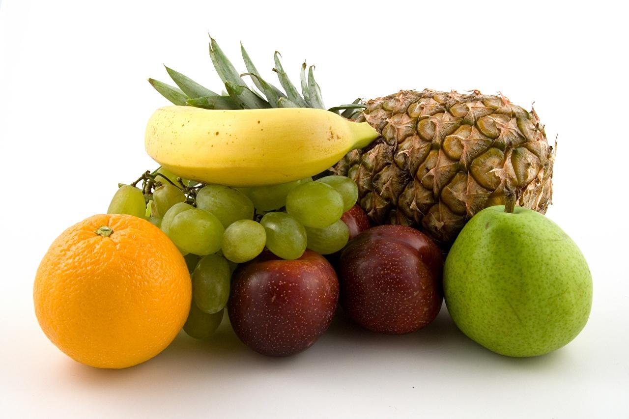 Картинка Апельсин Яблоки Бананы Ананасы Виноград Еда Фрукты Пища Продукты питания
