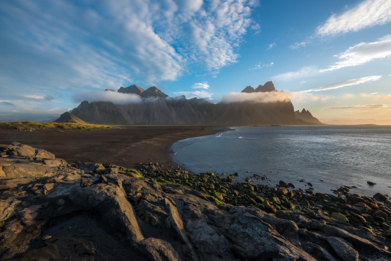 Фотографии Исландия Vestrahorn гора Природа Небо Камни Облака Горы Камень облако облачно