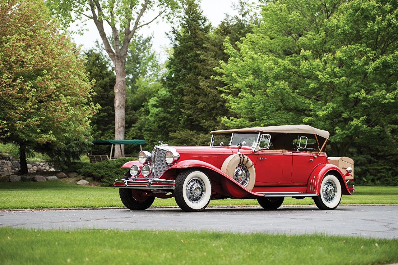 Фото Chrysler 1931 Imperia l Dual Cowl Phaeton LeBaron Винтаж красных авто Крайслер Ретро Красный красные красная старинные машина машины автомобиль Автомобили