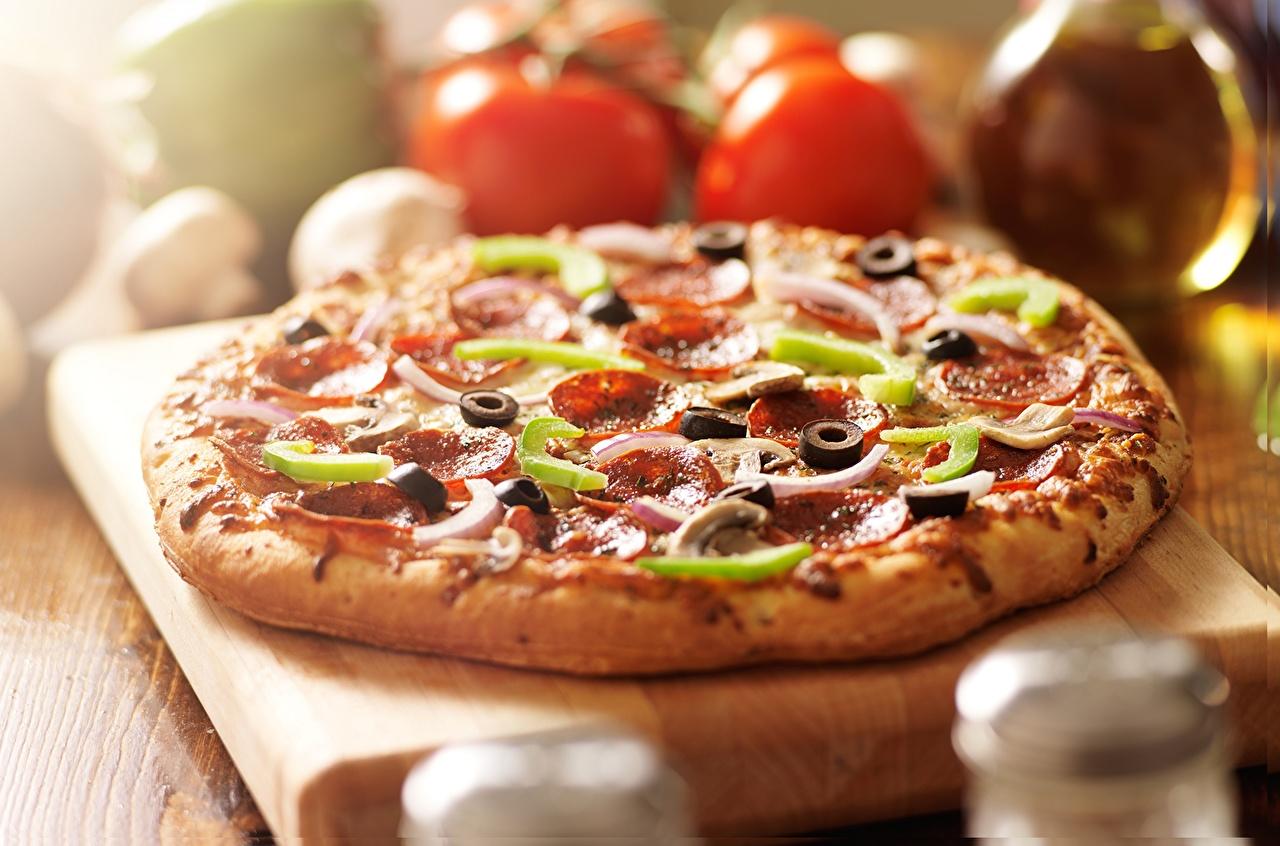 Фотографии Пицца Еда Крупным планом Пища Продукты питания вблизи