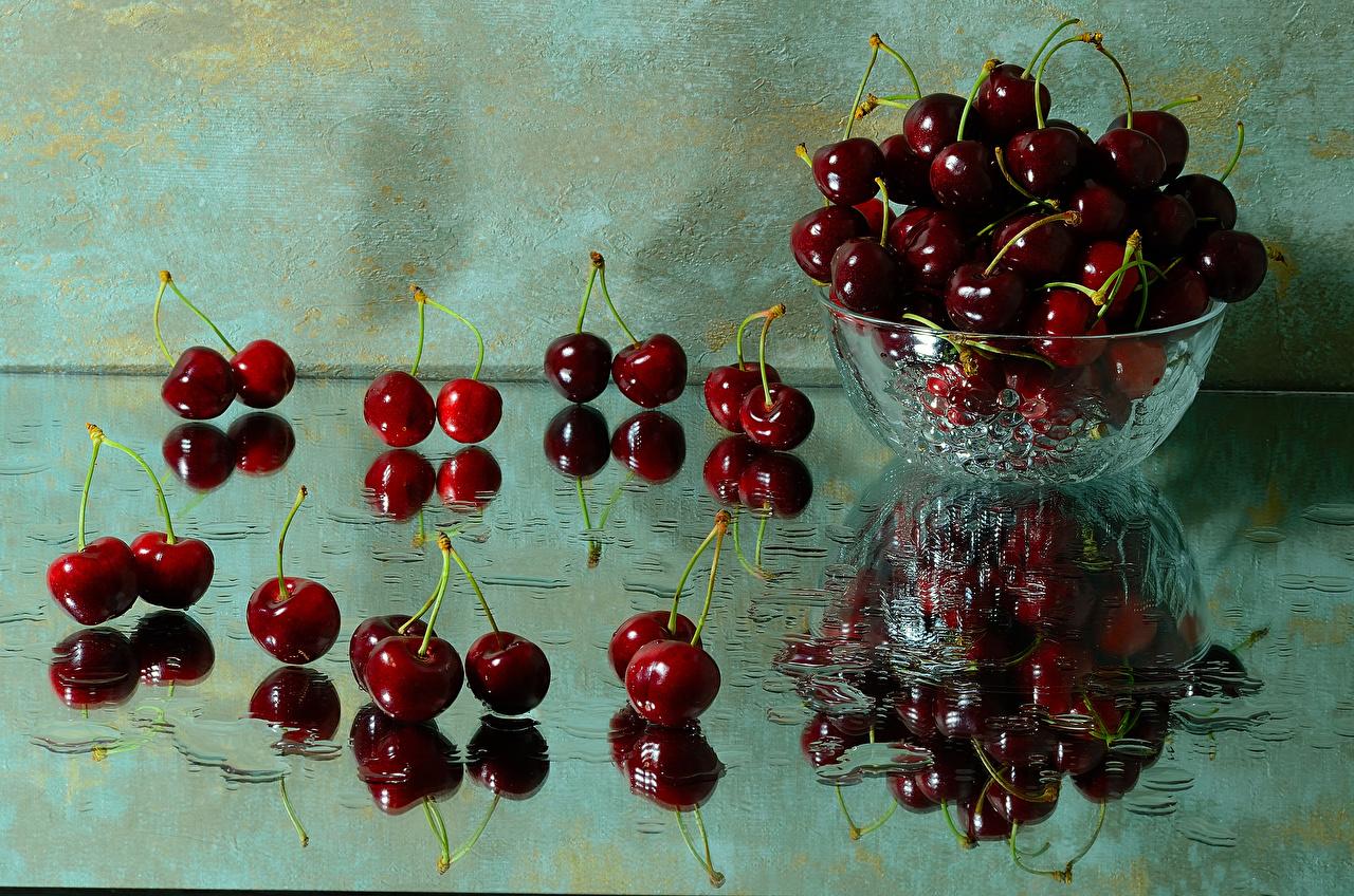 Фотография Вишня Миска отражается Пища Стекло Черешня Отражение отражении Еда стекле стеклом Продукты питания