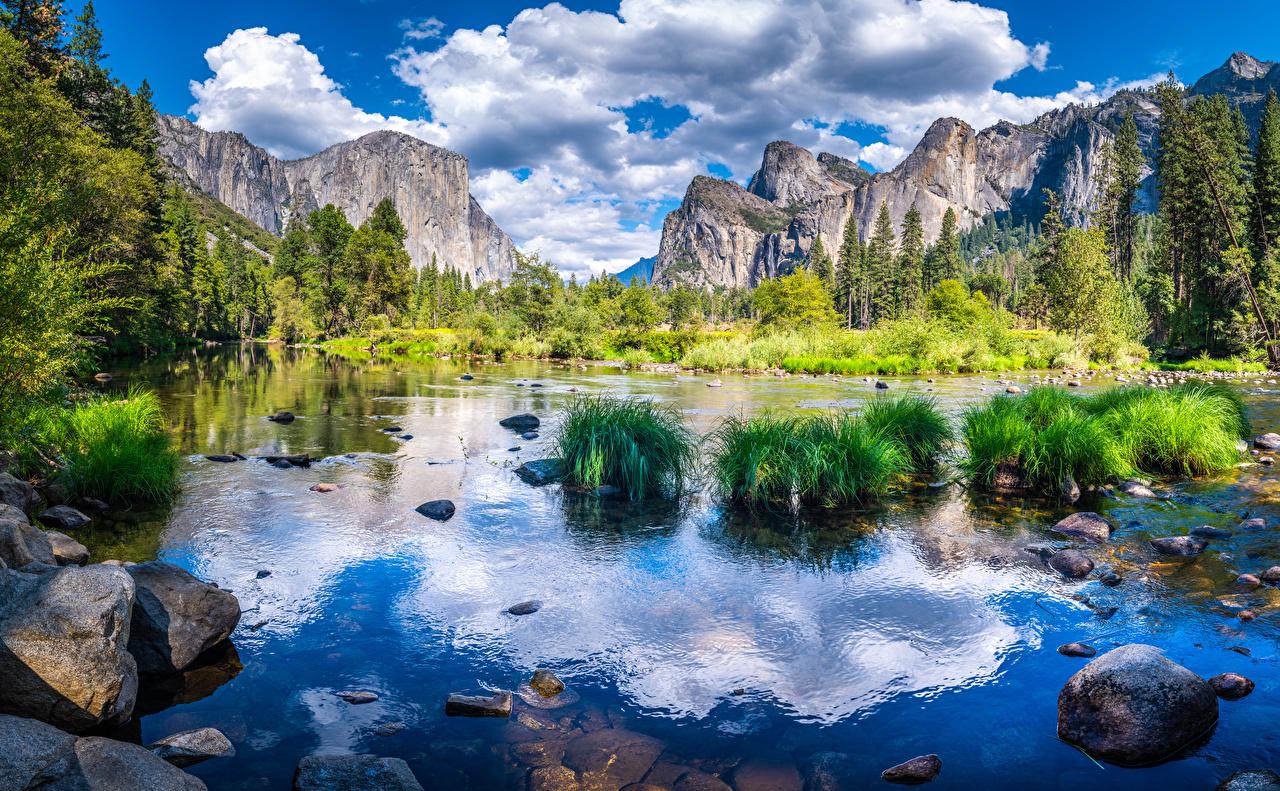 Фото Йосемити калифорнии США гора Скала Природа Парки Пейзаж речка Камни Облака Калифорния штаты америка Горы Утес скале скалы парк Реки река Камень облако облачно