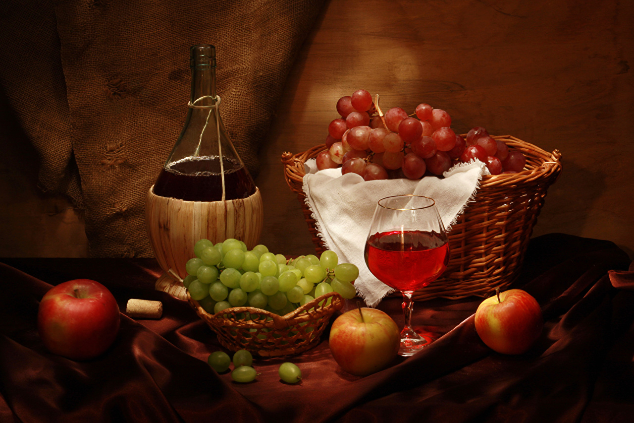 Картинка Вино Яблоки корзины Виноград Пища бокал Бутылка Натюрморт Корзина Корзинка Еда Бокалы бутылки Продукты питания