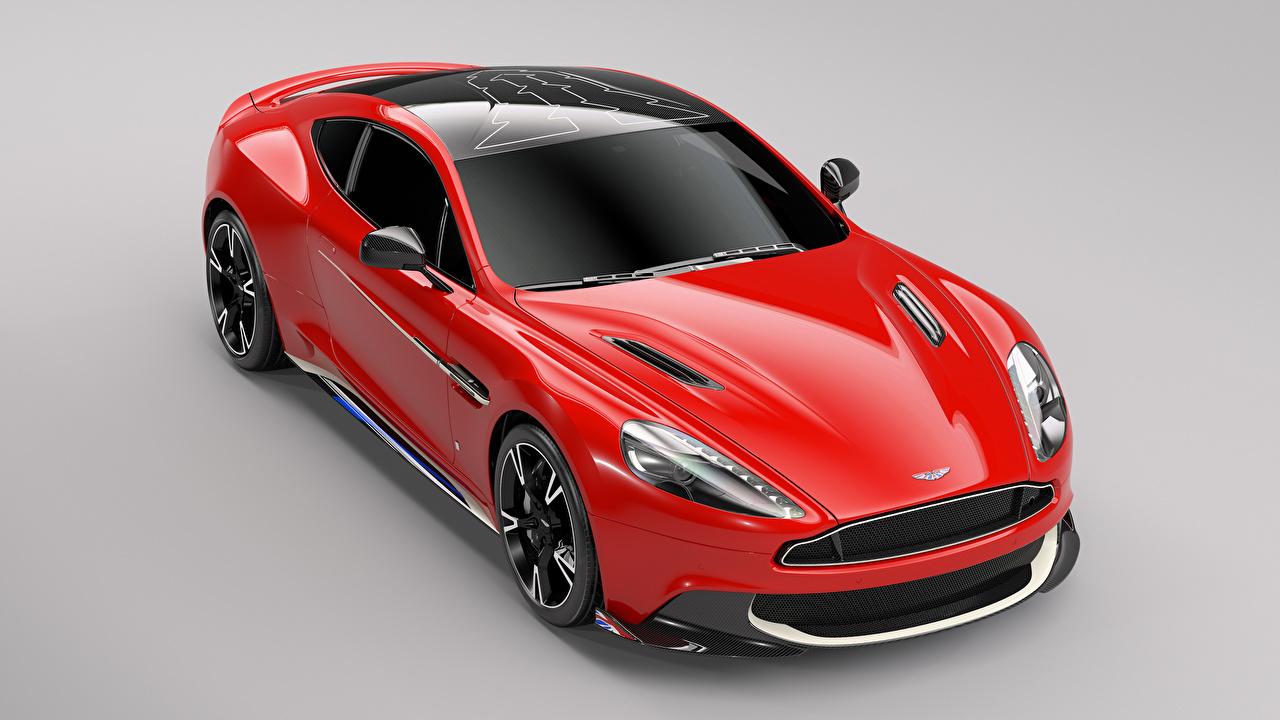 Картинка Aston Martin 2017 Q Vanquish S Red Arrows Edition Красный Металлик Автомобили сером фоне Астон мартин красных красные красная авто машина машины автомобиль Серый фон