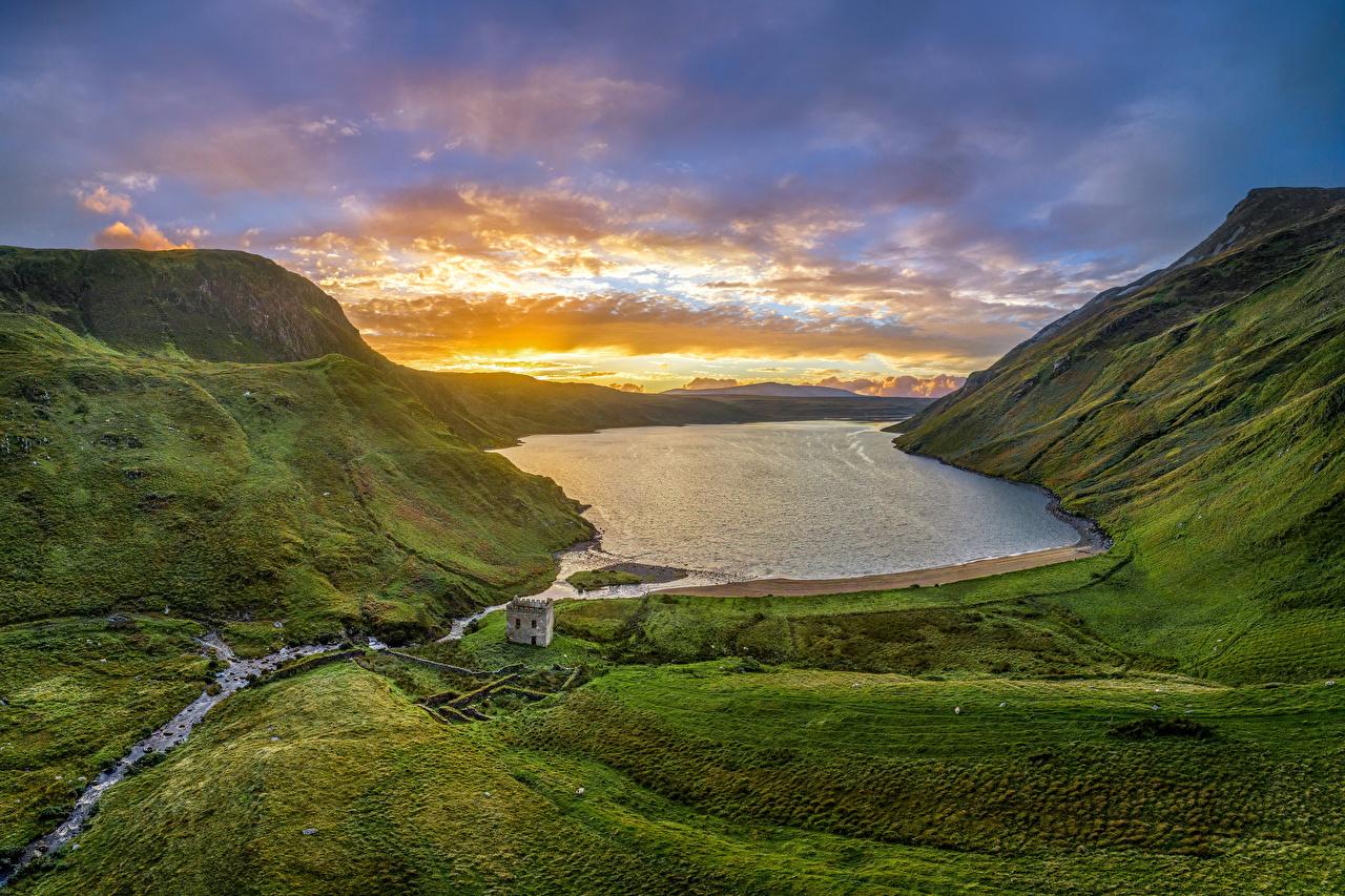 Фотография Ирландия Altan Lake, Donegal гора Природа Озеро рассвет и закат Здания Горы Рассветы и закаты Дома