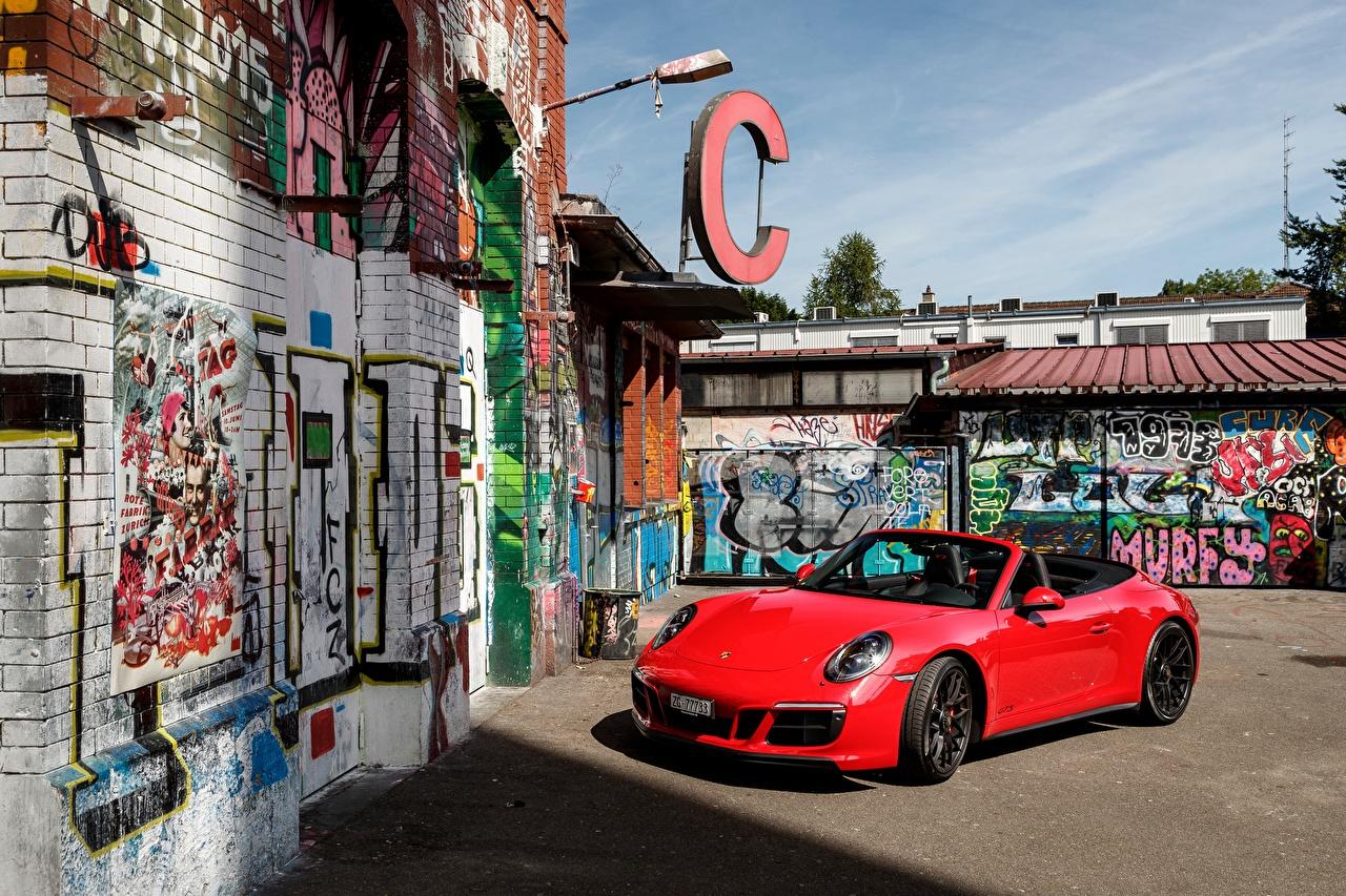 Фотографии Порше 2017 911 Carrera 4 GTS Cabriolet Worldwide Кабриолет Красный Металлик Автомобили Porsche Авто Машины
