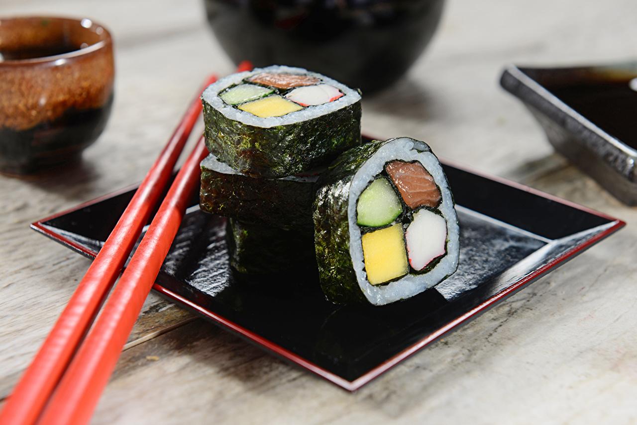 Обои для рабочего стола Пища Суши Палочки для еды Еда Продукты питания суси