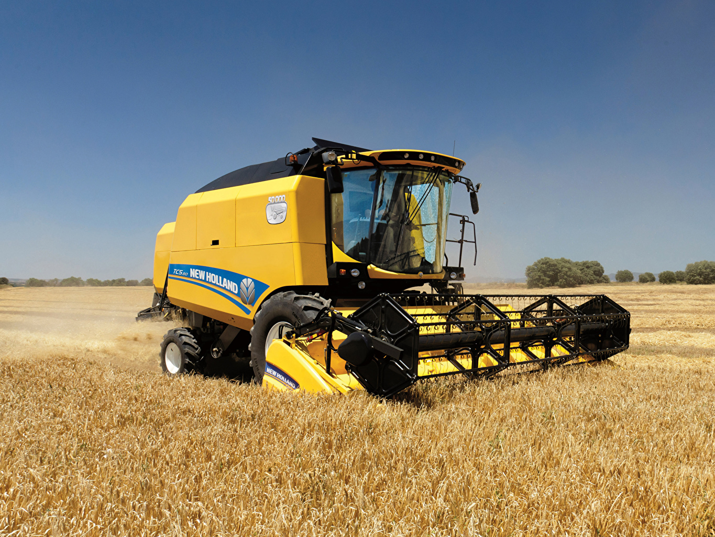 Обои для рабочего стола Сельскохозяйственная техника Зерноуборочный комбайн 2014-19 New Holland TC5.80 Поля