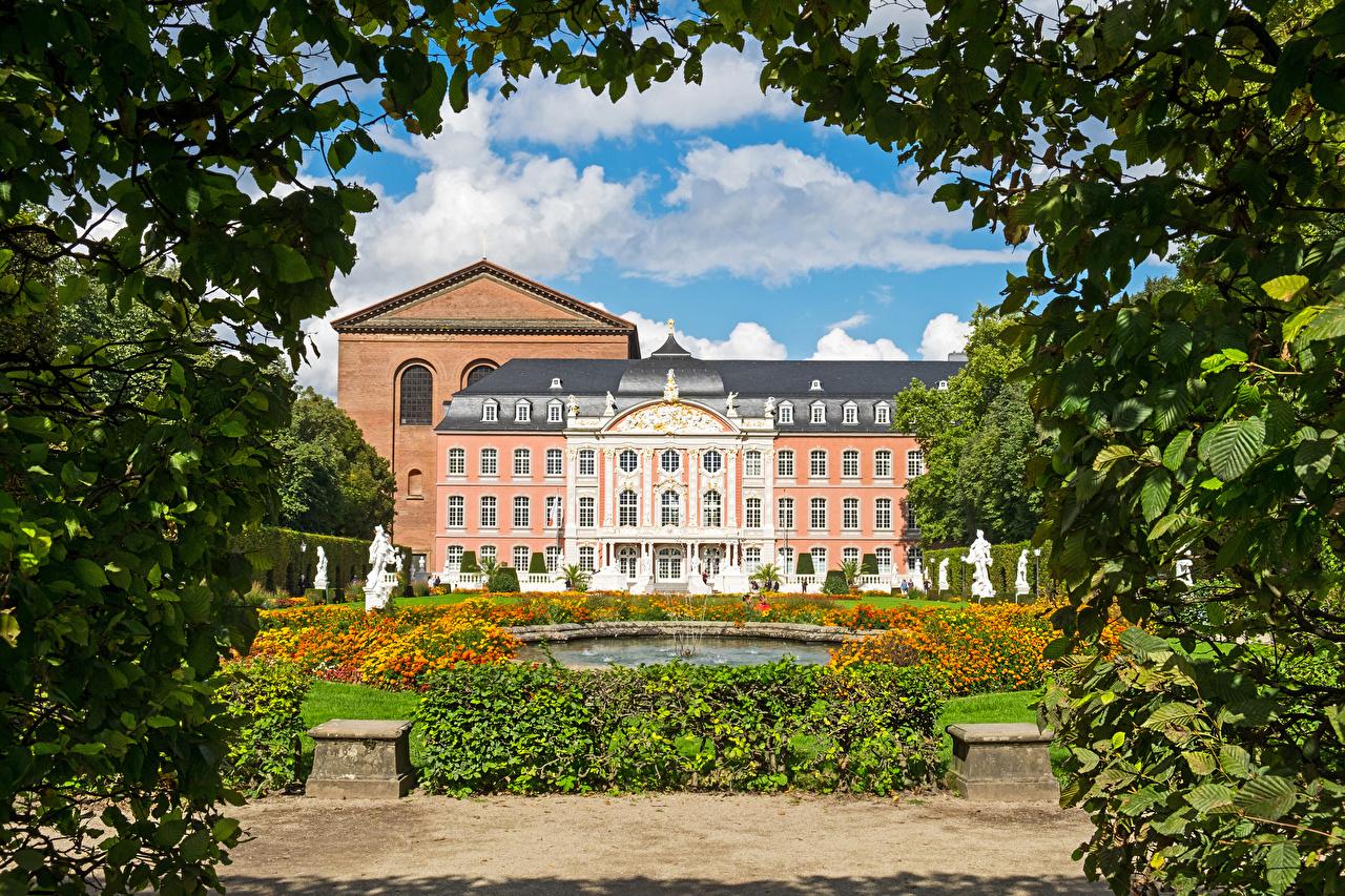 Фото Дворец Германия Фонтаны Kurfuerstliches Palais Trier Здания Города скульптура дворца Дома город Скульптуры