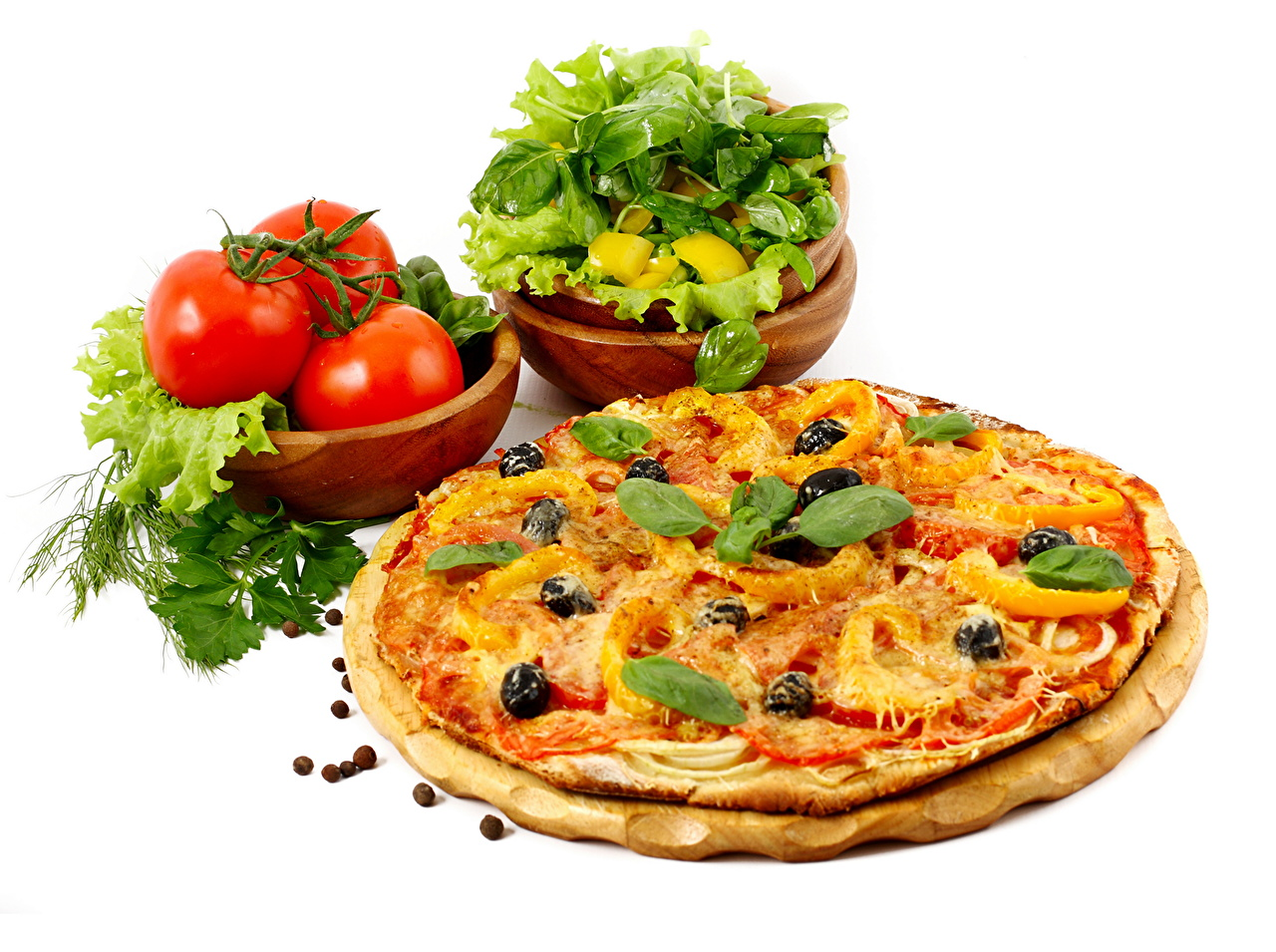 Картинка Еда Пицца Помидоры Базилик душистый Пища Продукты питания Томаты