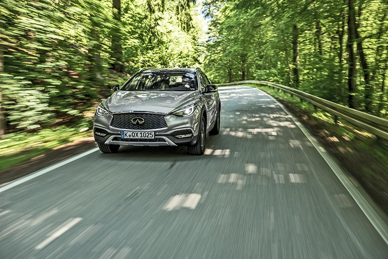 Фотографии Infiniti QX30 Серый Движение Автомобили Инфинити серые серая едет едущий едущая скорость авто машина машины автомобиль