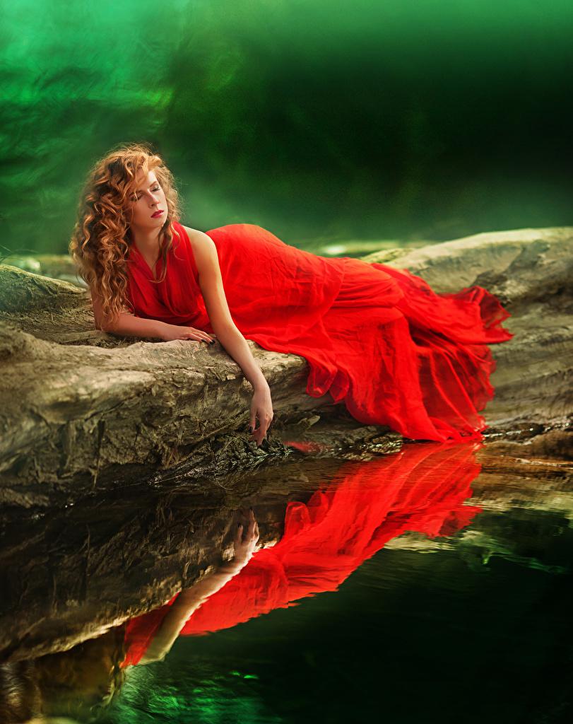 девушки красный платье вода загрузить