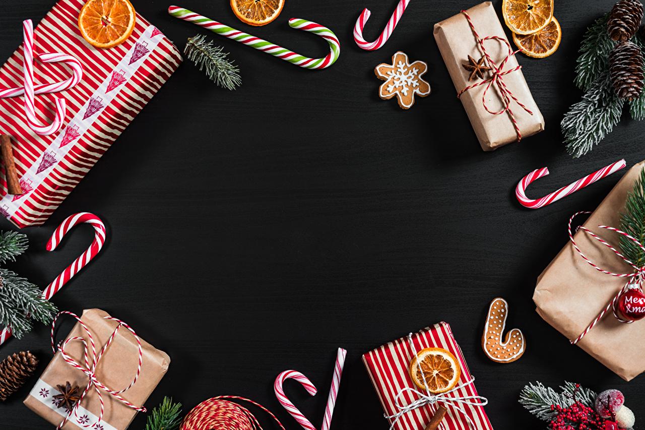 Обои для рабочего стола Новый год Леденцы подарков Печенье Шаблон поздравительной открытки Рождество Подарки подарок