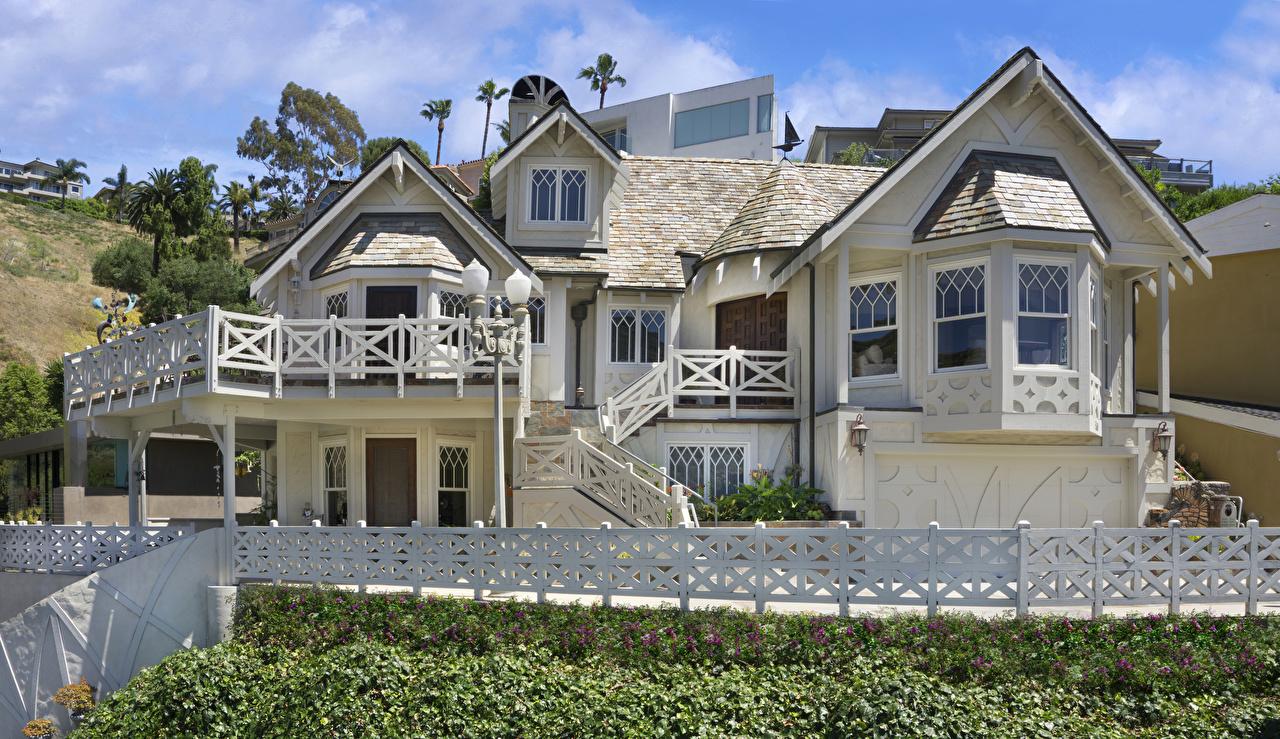 Фото Калифорния США Laguna Beach забором Особняк Дома Города дизайна калифорнии штаты америка Забор забора ограда город Здания Дизайн
