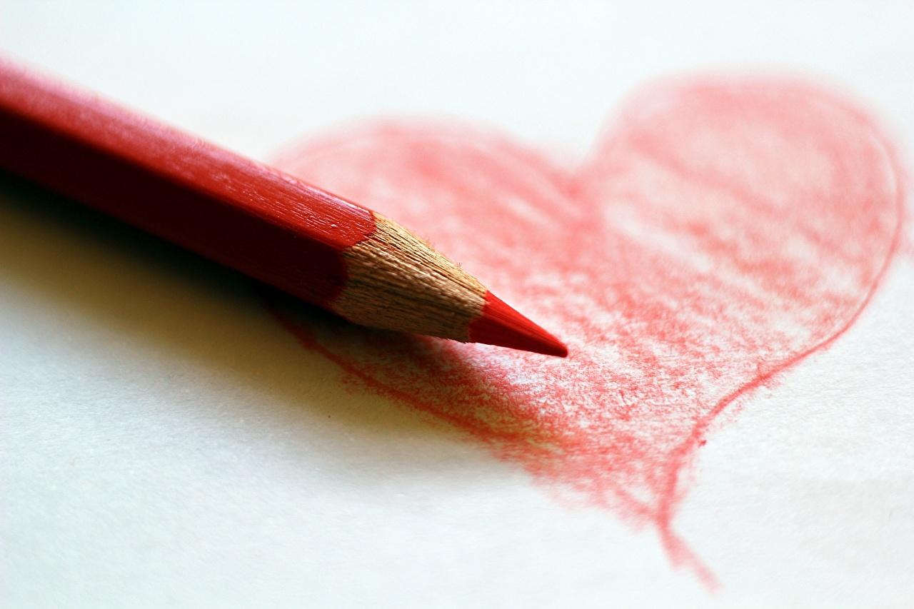 Картинка карандаш сердца Красный вблизи Карандаши карандаша карандашей серце Сердце сердечко красных красные красная Крупным планом