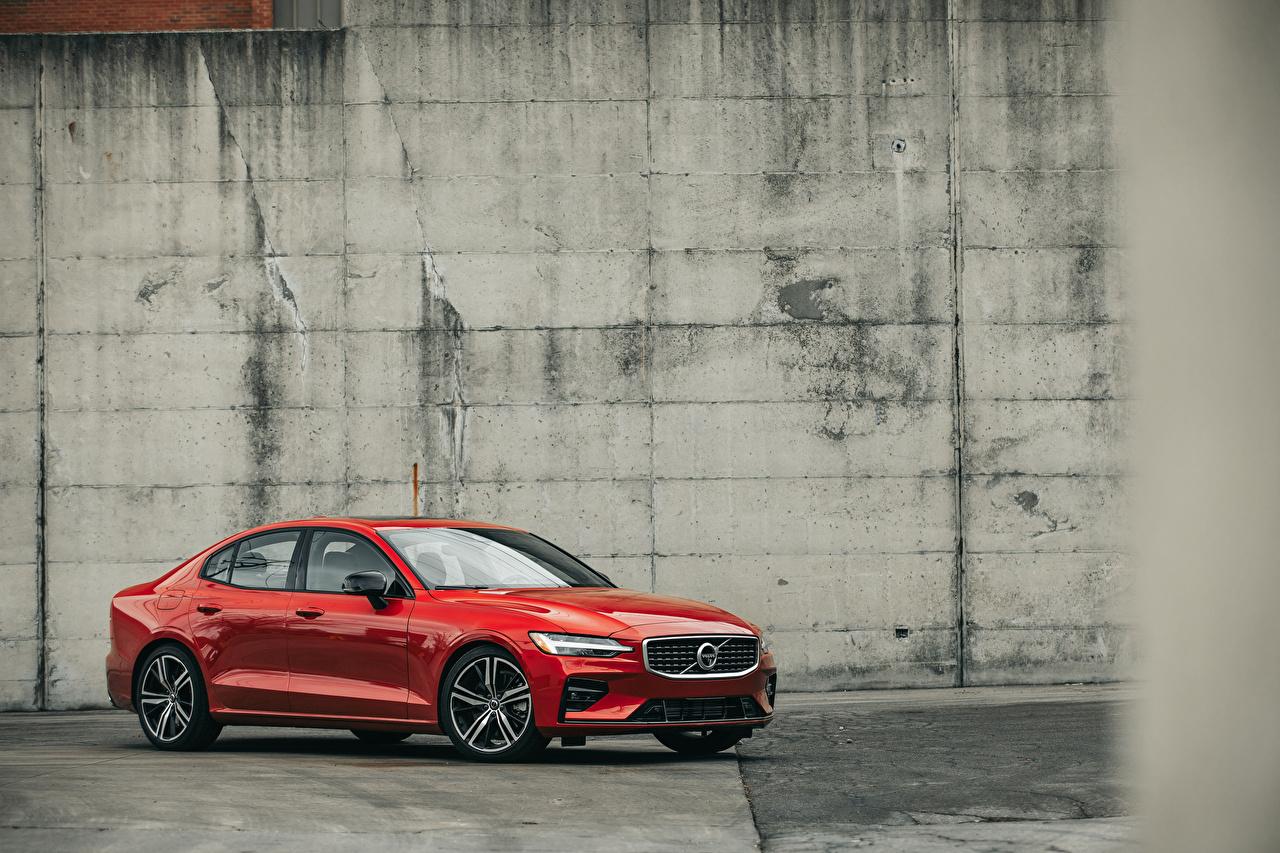 Фотография Volvo 2019 S60 T6 R-Design Красный авто Металлик Вольво красных красные красная машина машины автомобиль Автомобили
