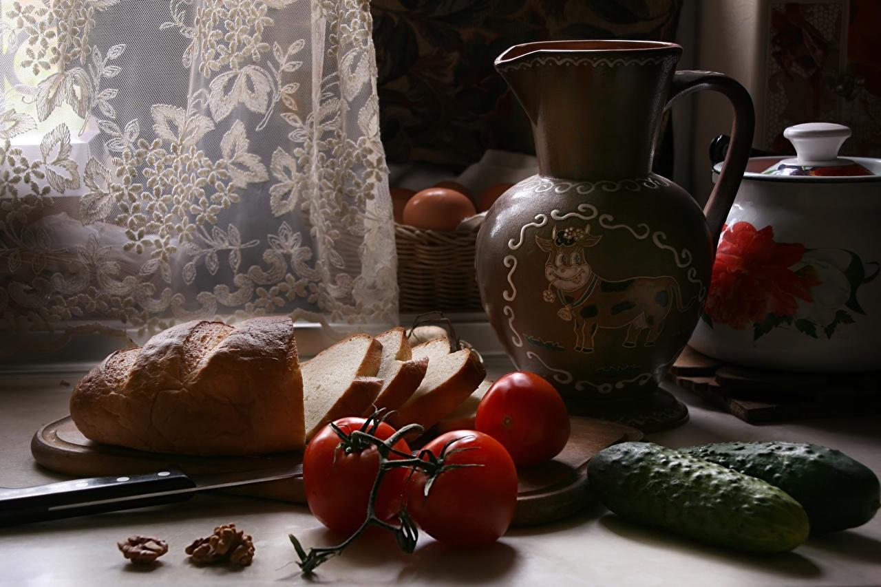 Обои для рабочего стола ножик Огурцы Помидоры Хлеб Кувшин Пища нарезка Натюрморт Нож Томаты кувшины Еда Продукты питания Нарезанные продукты