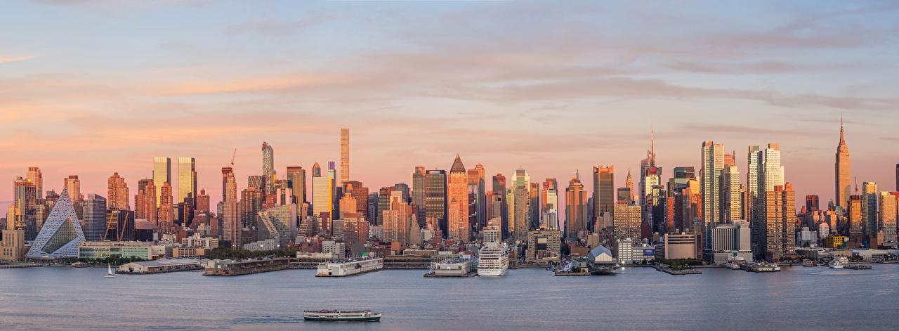 Картинка Нью-Йорк Манхэттен штаты корабль Пристань Небоскребы город Здания США америка Корабли Пирсы Причалы Дома Города