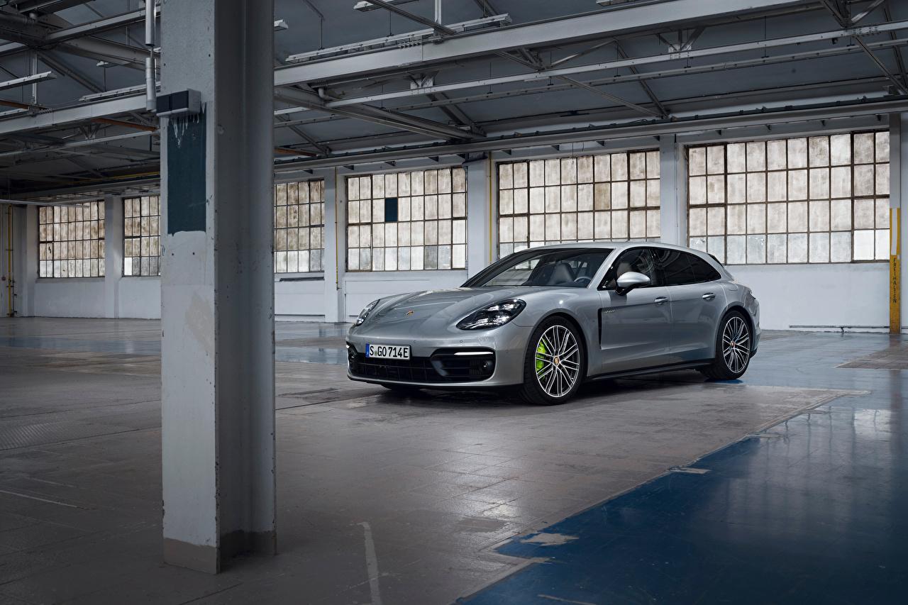 Картинка Порше Panamera 4 E-Hybrid Sport Turismo, 2020 серебристая машина Металлик Porsche серебряный серебряная Серебристый авто машины Автомобили автомобиль