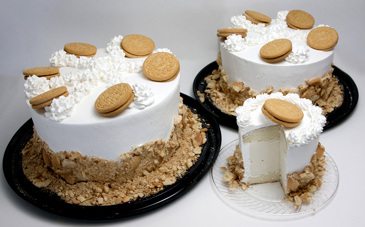 Фото Торты Пища втроем Печенье Сладости Цветной фон Еда три Трое 3 Продукты питания сладкая еда