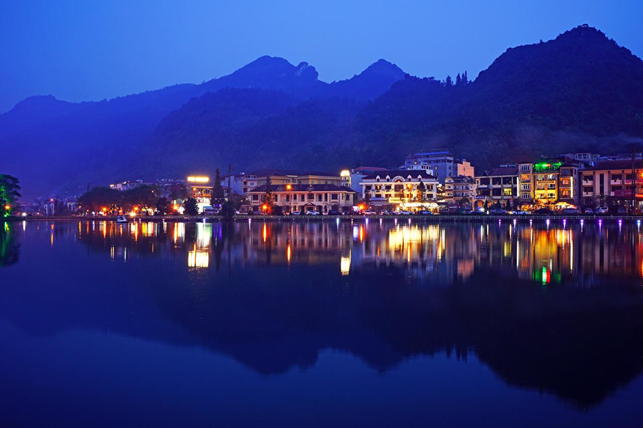 Картинки Вьетнам Sa Pa District Lao Cai Вечер речка Города Здания река Реки Дома город