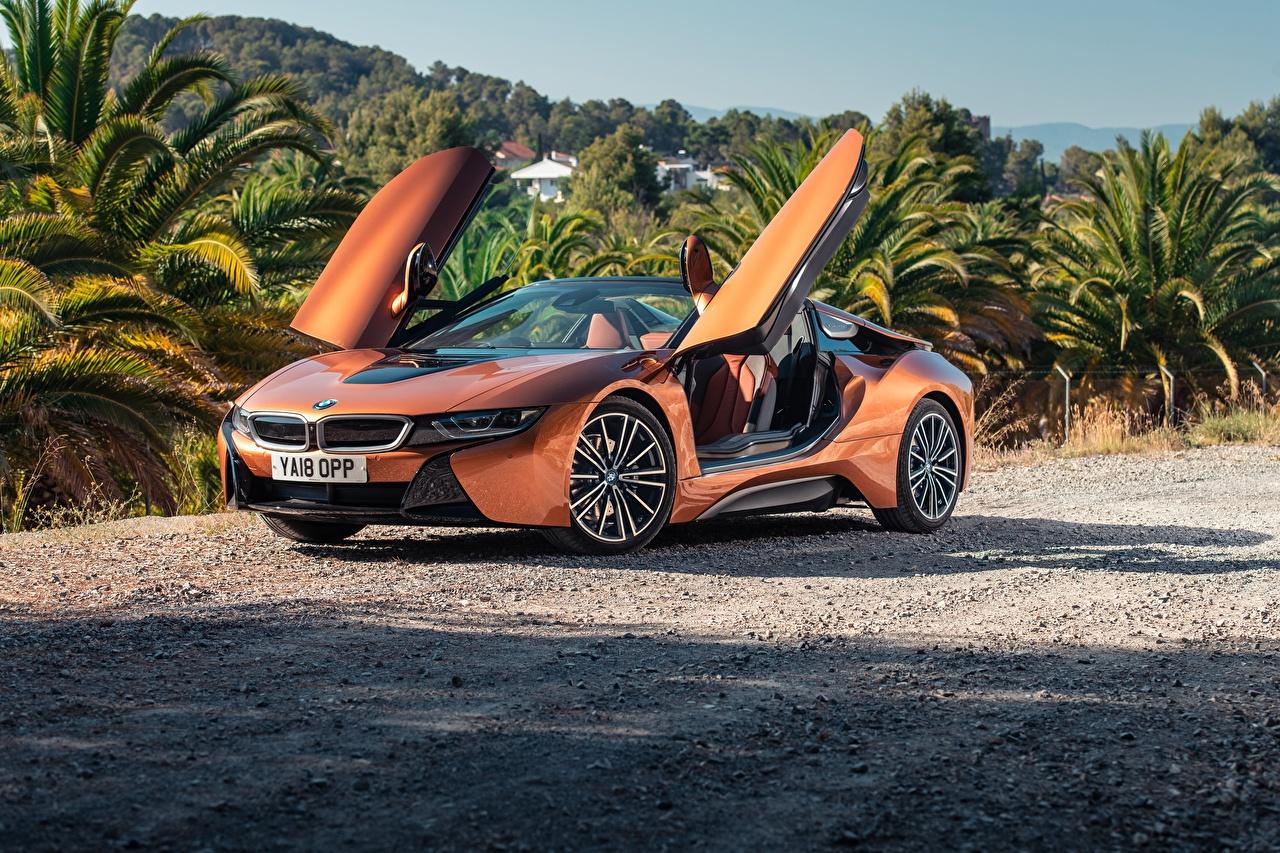Картинка BMW 2018 i8 Родстер Оранжевый авто БМВ оранжевая оранжевые оранжевых машина машины Автомобили автомобиль
