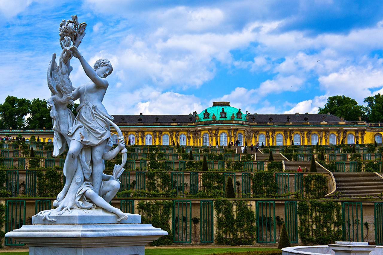 Картинки Потсдам дворца Германия palace Sanssouci лестницы Города Скульптуры Дворец Лестница город скульптура