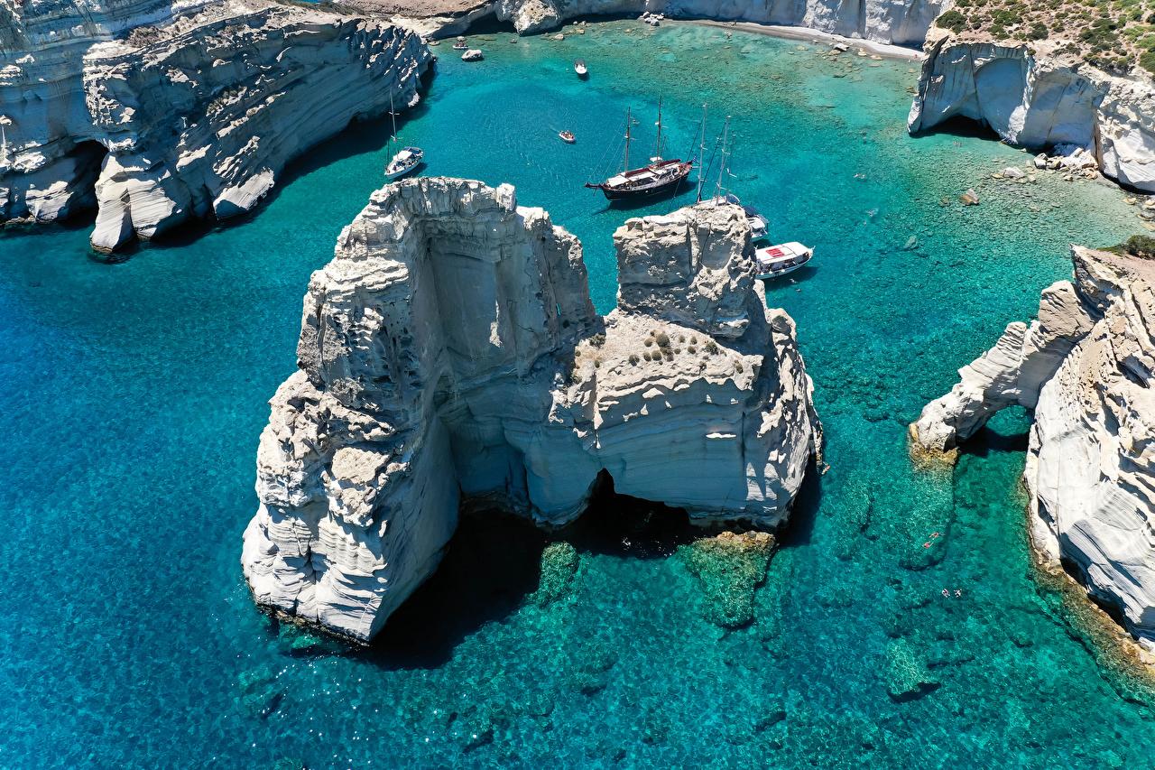 Фото Греция Ksylokeratia Milos Скала Природа Корабли Сверху Побережье Утес скалы скале корабль берег
