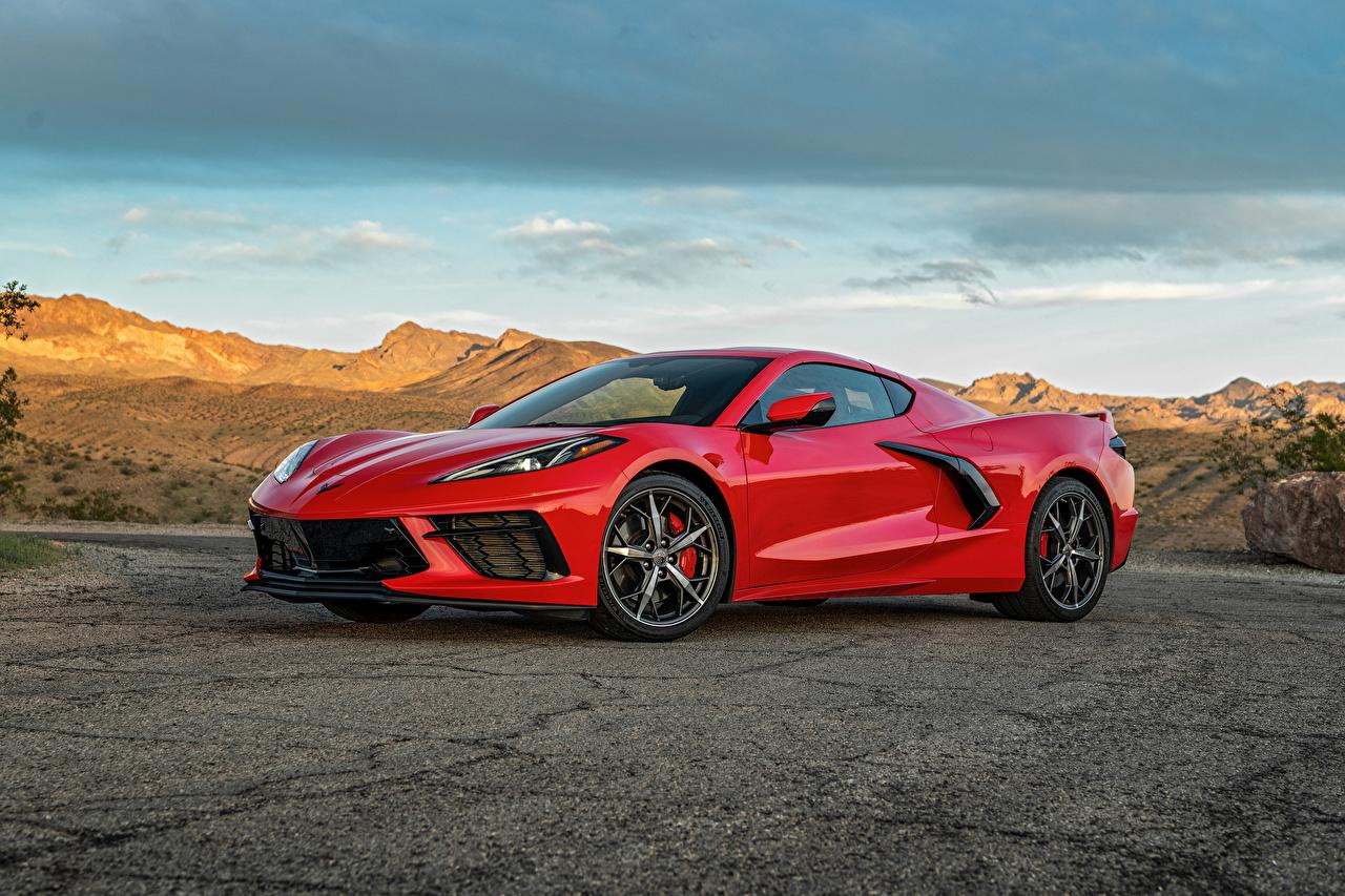 Обои для рабочего стола Chevrolet 2020 Corvette Stingray Z51 красные Металлик Автомобили Шевроле красная Красный красных авто машины машина автомобиль