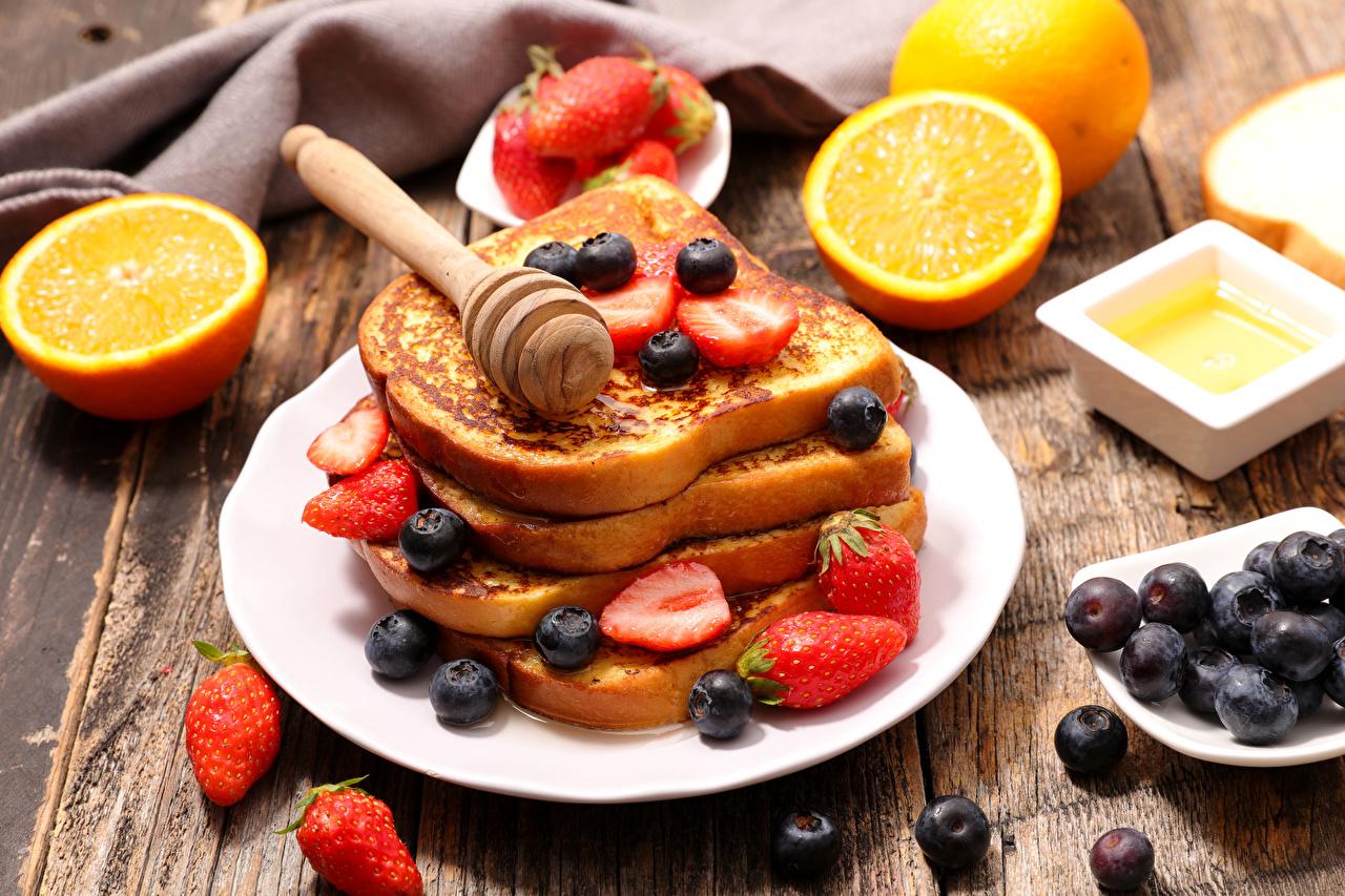 Обои для рабочего стола Апельсин Черника Клубника Пища Тарелка Выпечка Еда тарелке Продукты питания