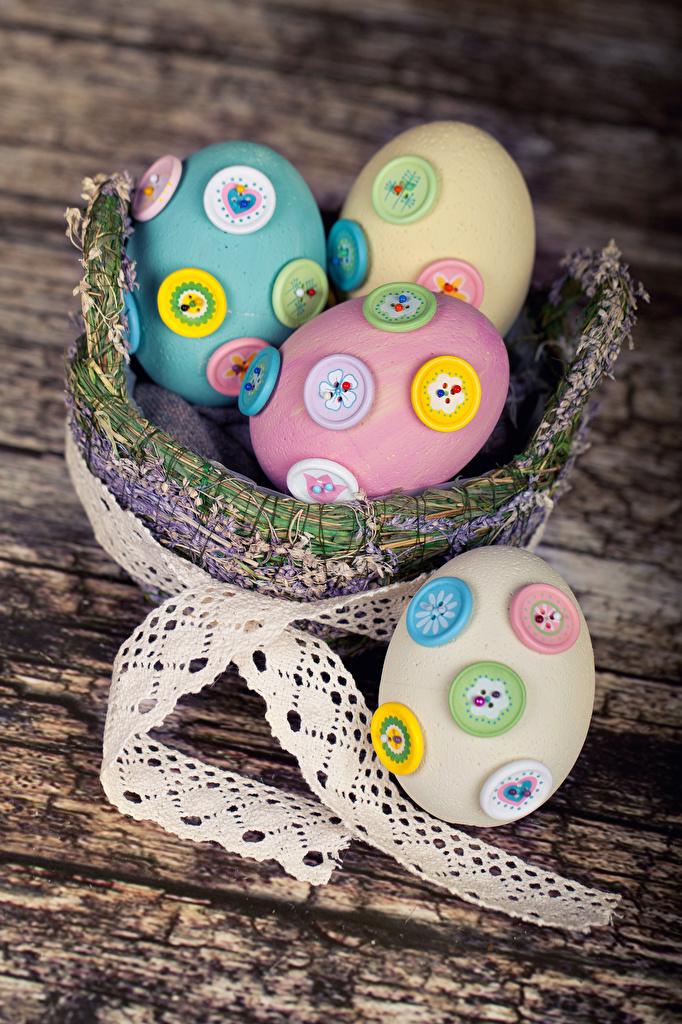 Обои для рабочего стола Пасха яйцо корзины Лента Праздники Доски Дизайн яиц Яйца яйцами Корзина Корзинка ленточка дизайна