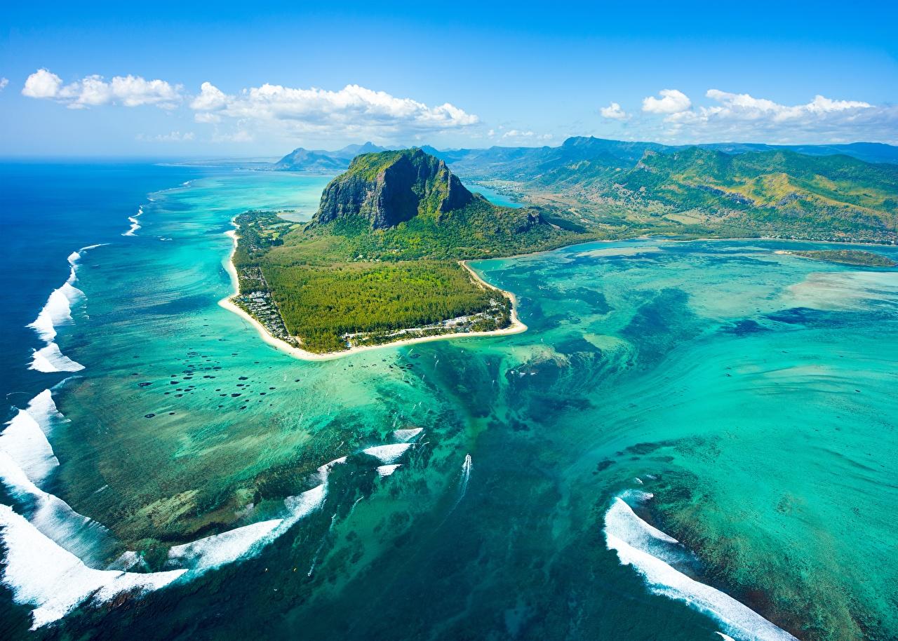 Обои для рабочего стола Mauritius гора Океан Природа Небо Остров Сверху Горы