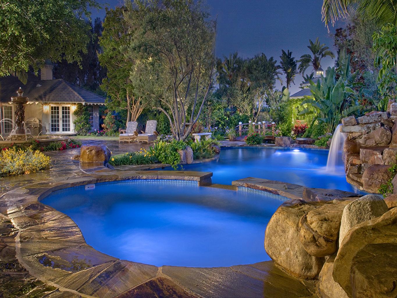 Картинки Курорты Плавательный бассейн Ночные город Бассейны Ночь ночью в ночи Города