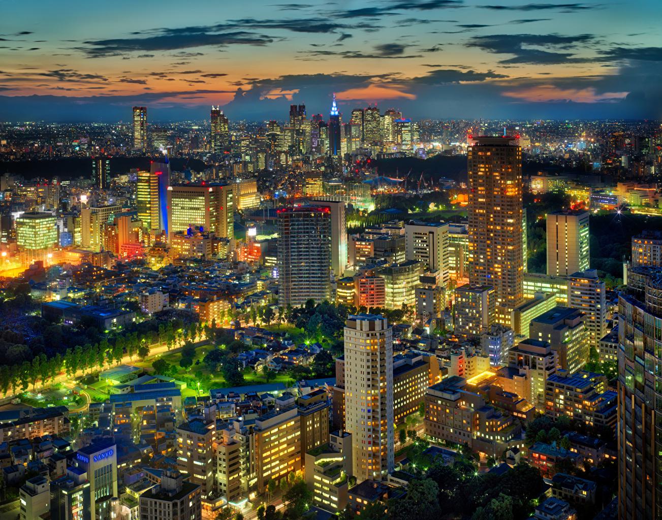 Картинка Токио Япония Мегаполис Ночные Небоскребы Дома Города Ночь Здания