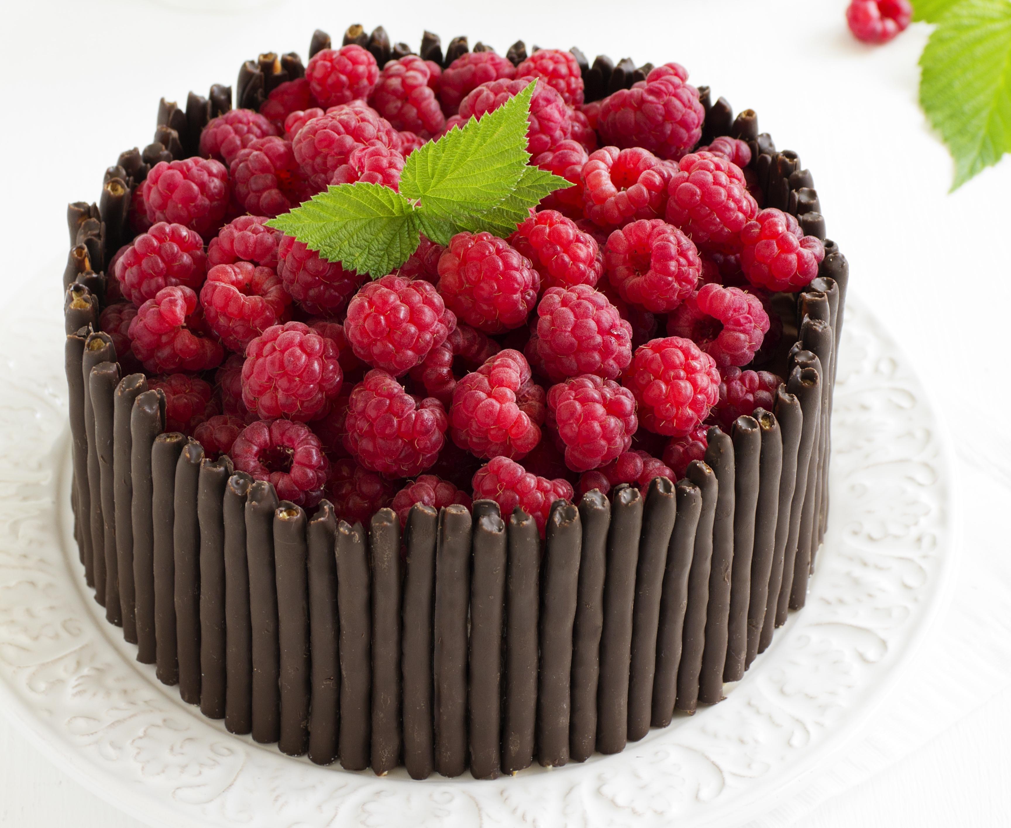 Обои Шоколад Торты Малина Пища 3456x2829 Еда Продукты питания