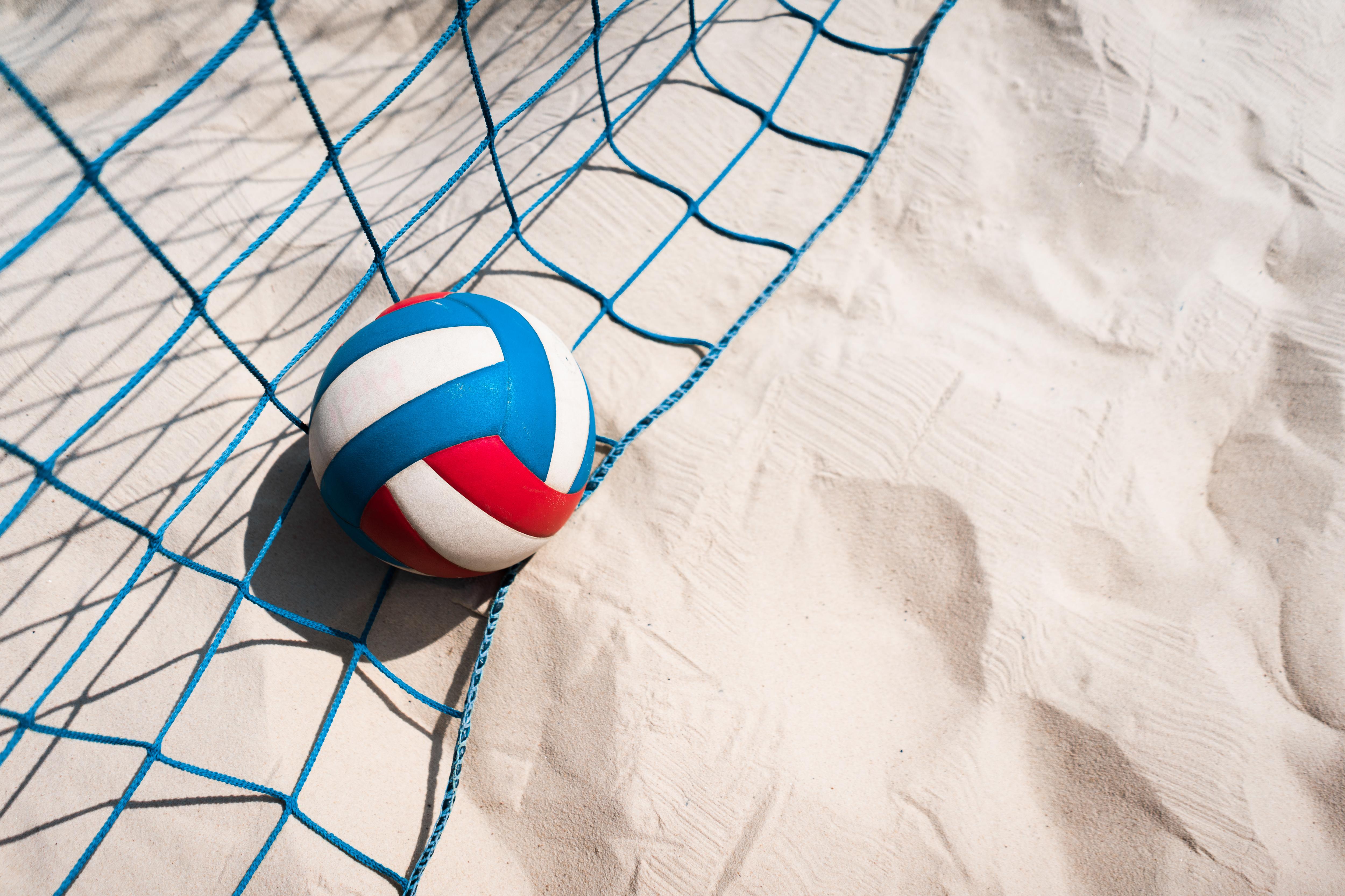 Фотографии volleyball спортивная сетка спортивные песке Мяч Сетка Спорт спортивная спортивный песка Песок Мячик