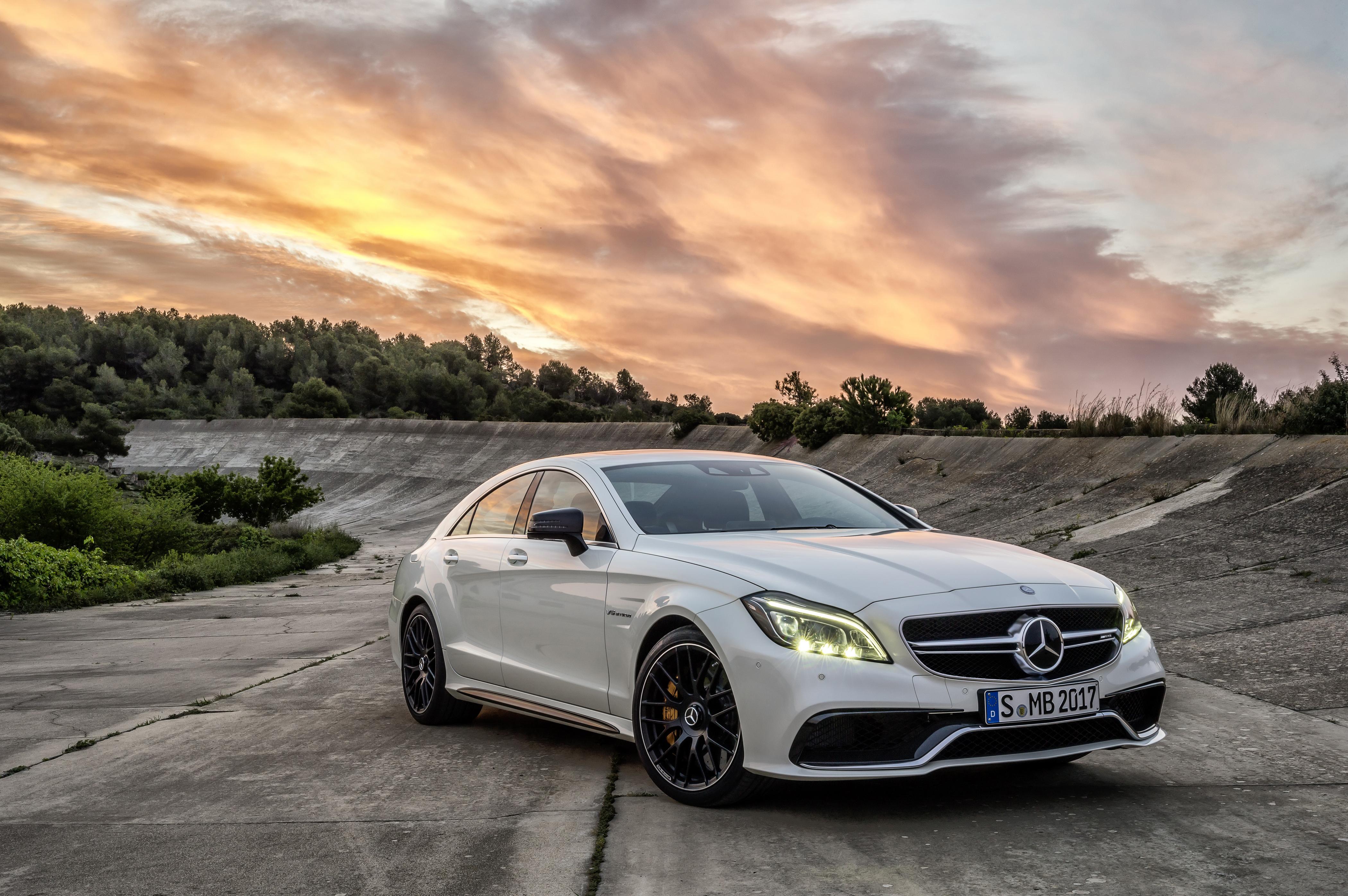Mercedes белый без смс