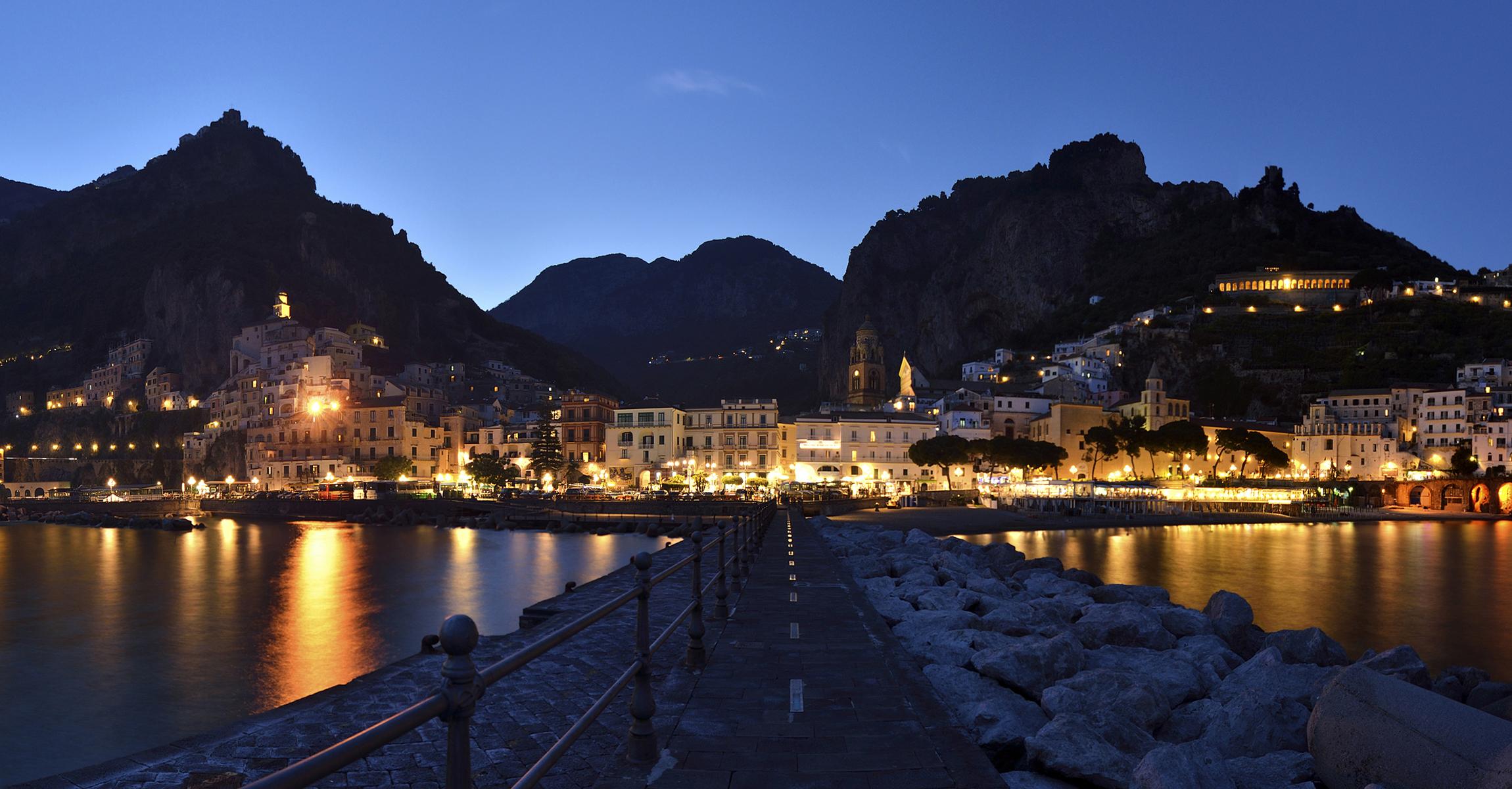амальфи Побережье италия море горы без смс