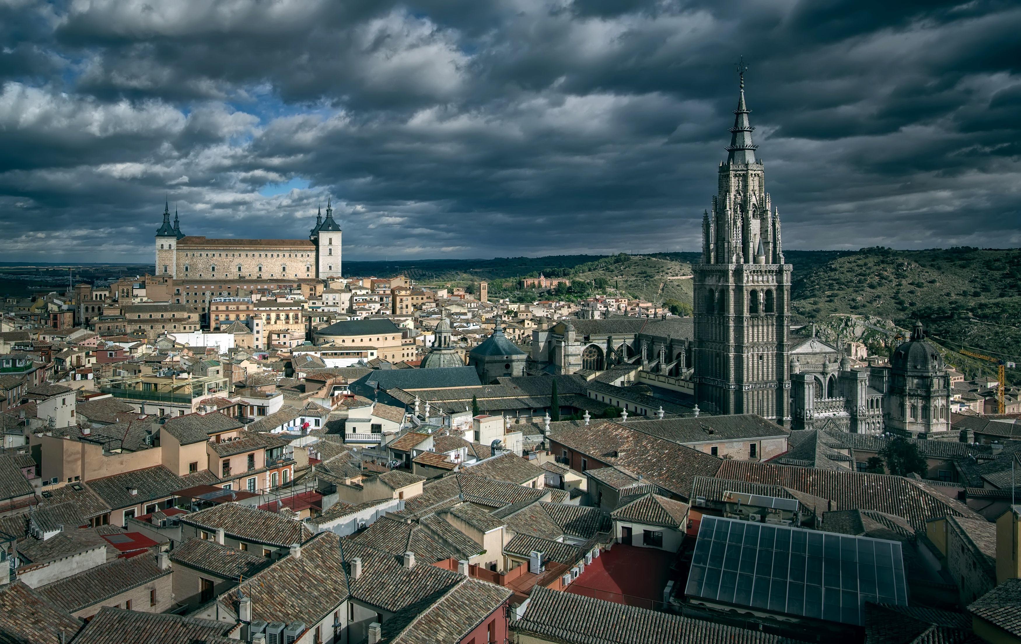 Фотография Толедо Испания башни Сверху город Здания Облака 3500x2207 Башня Дома облако Города облачно