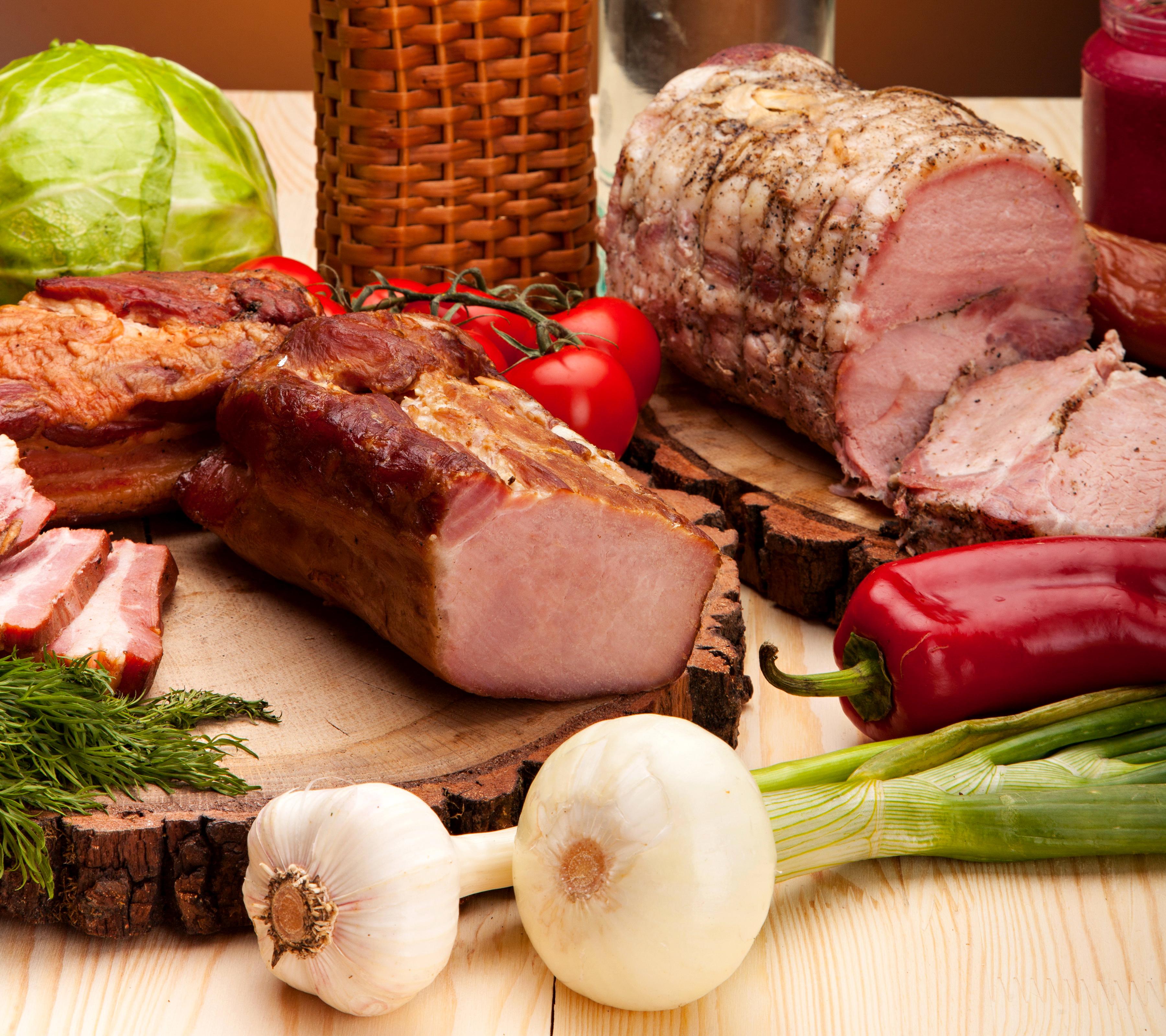 Фотография Лук репчатый Ветчина Еда Перец Мясные продукты Пища перец овощной Продукты питания