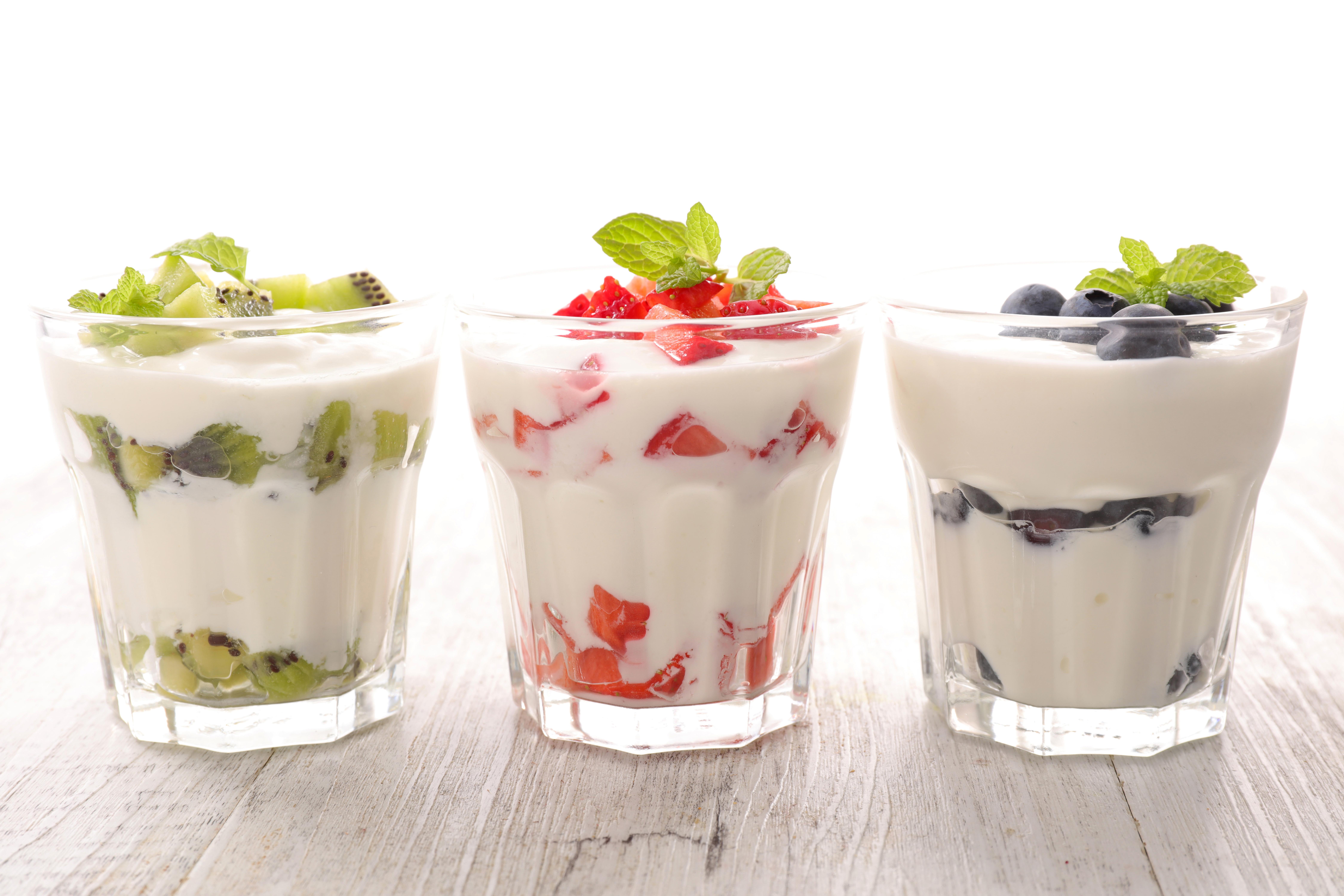 Фотографии Йогурт стакане Пища Трое 3 Фрукты 9000x6000 Стакан стакана Еда три втроем Продукты питания