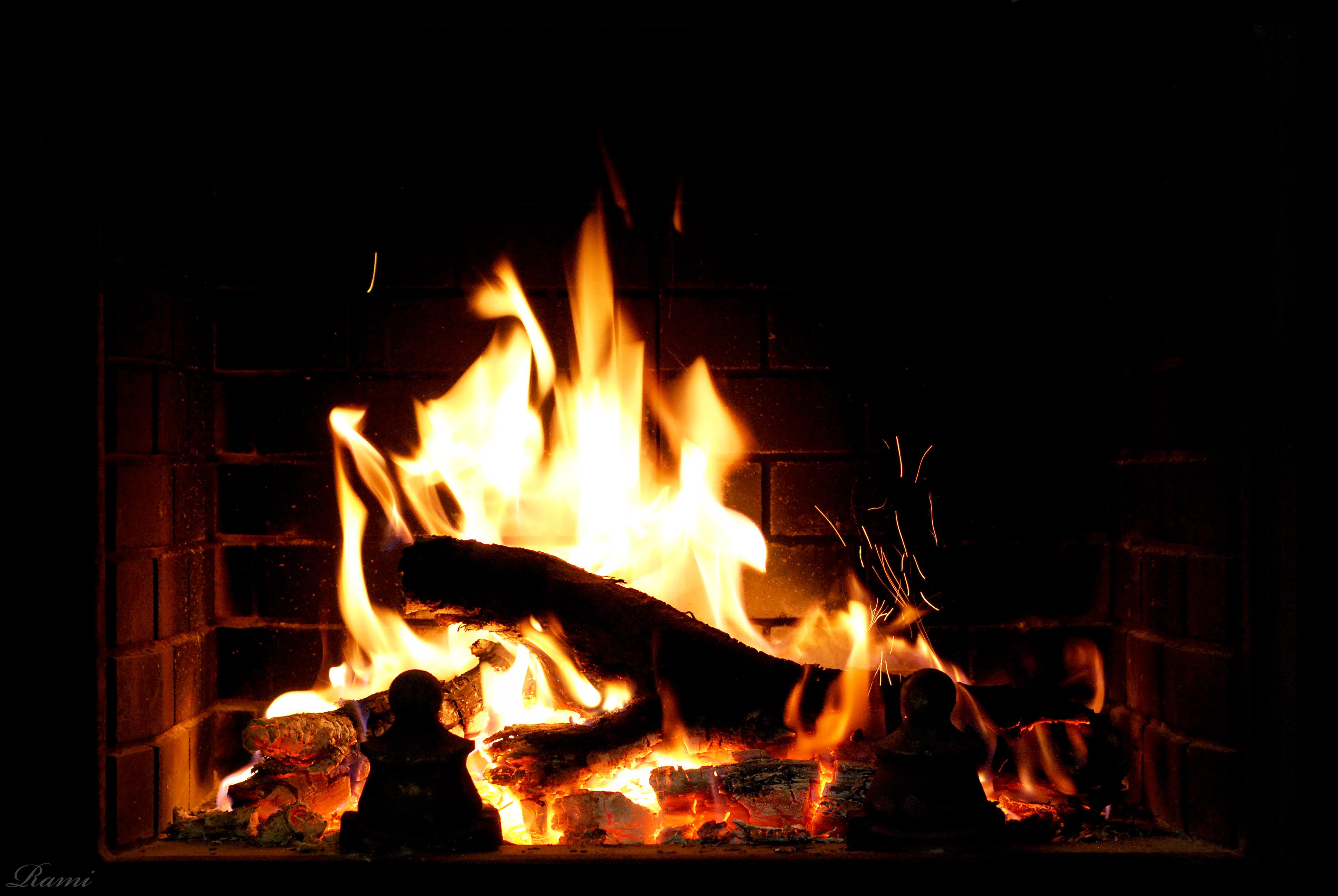 fireplace firewood flicker flame christmas - HD3872×2592
