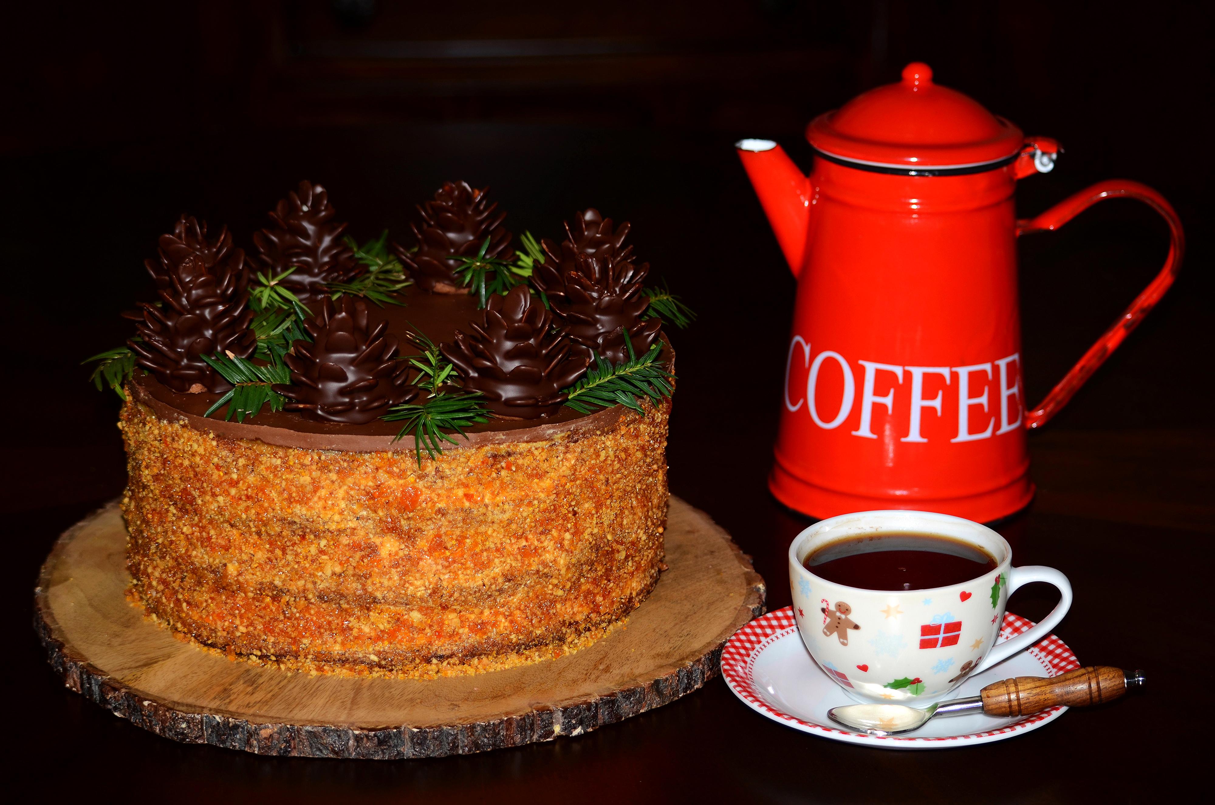 Обои для рабочего стола Рождество Шоколад Кофе Торты Чайник Пища Чашка на черном фоне Новый год Еда чашке Продукты питания Черный фон