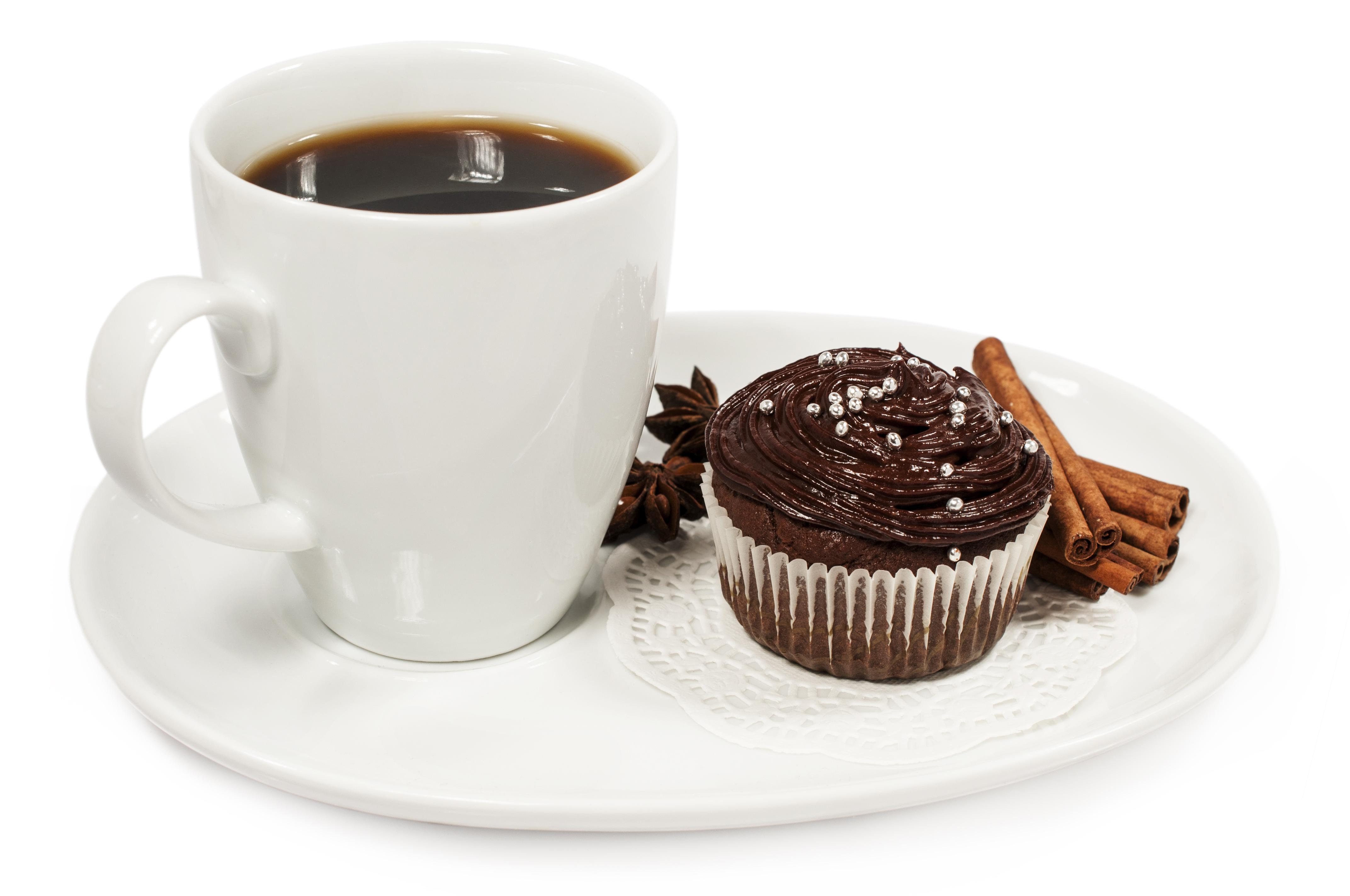 Обои Шоколад Кофе Корица Еда Чашка Тарелка Пирожное Белый фон Пища Продукты питания
