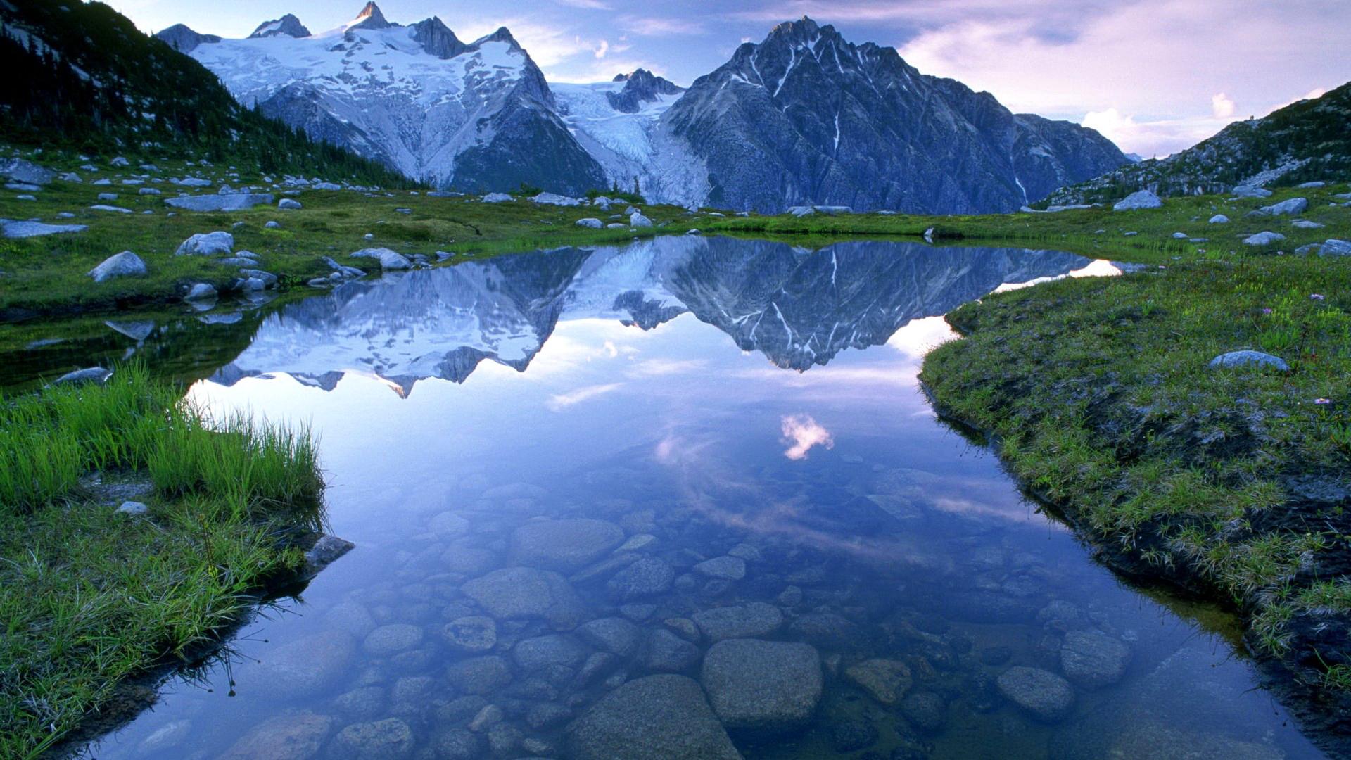озеро среди скалистых гор подборки