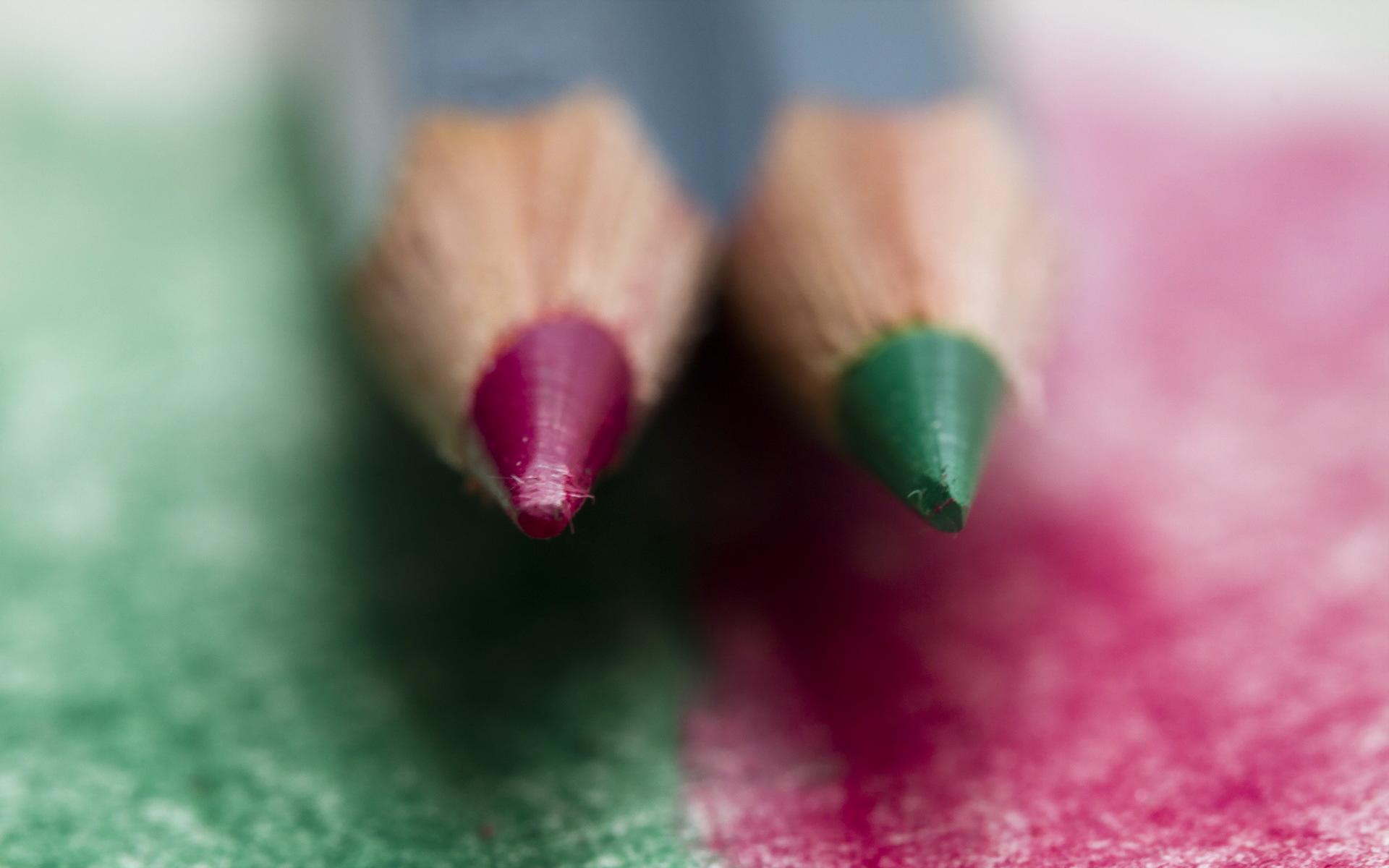 Обои для рабочего стола карандаша две вблизи карандаш Карандаши карандашей 2 два Двое вдвоем Крупным планом