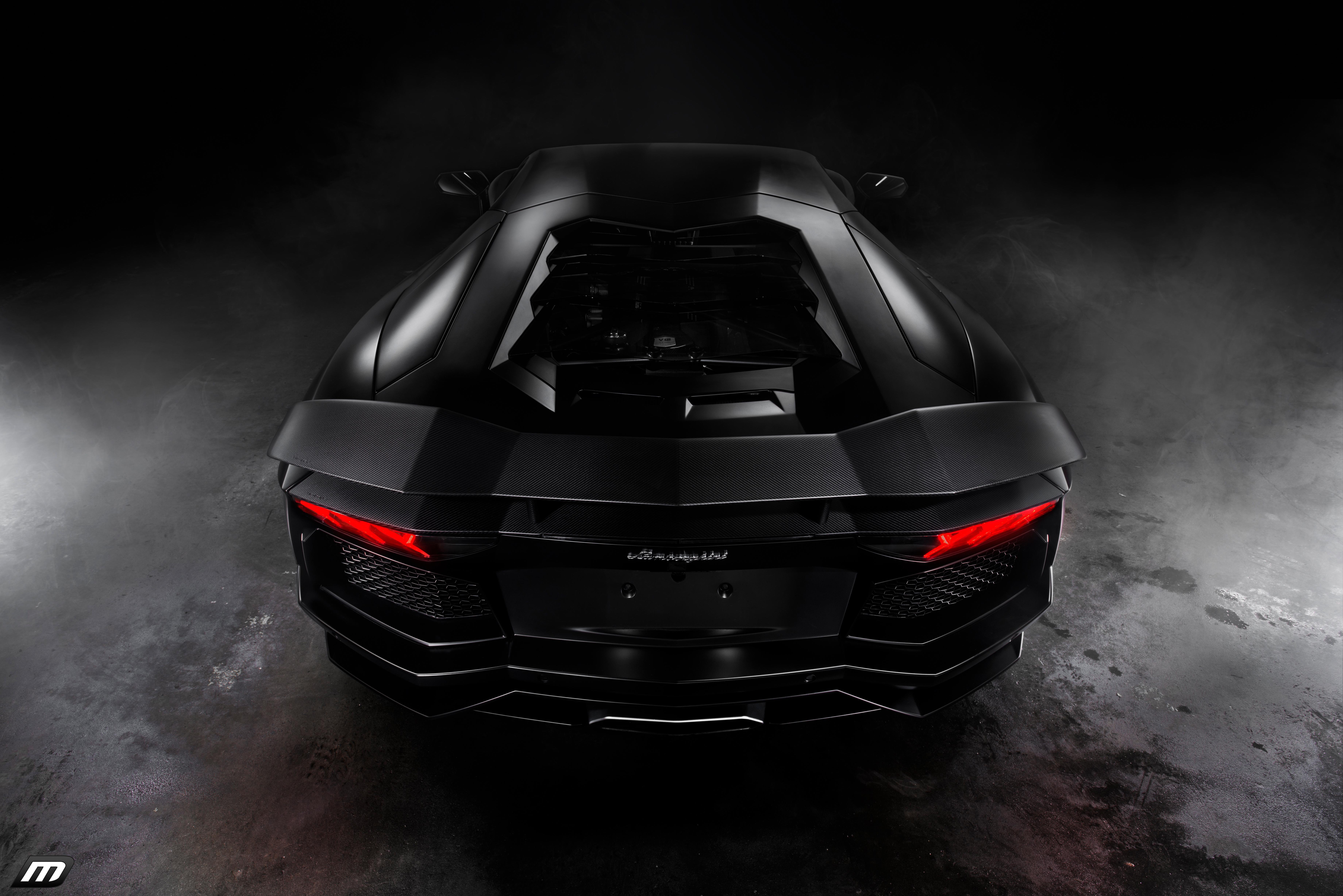 Lamborghini black в каплях бесплатно