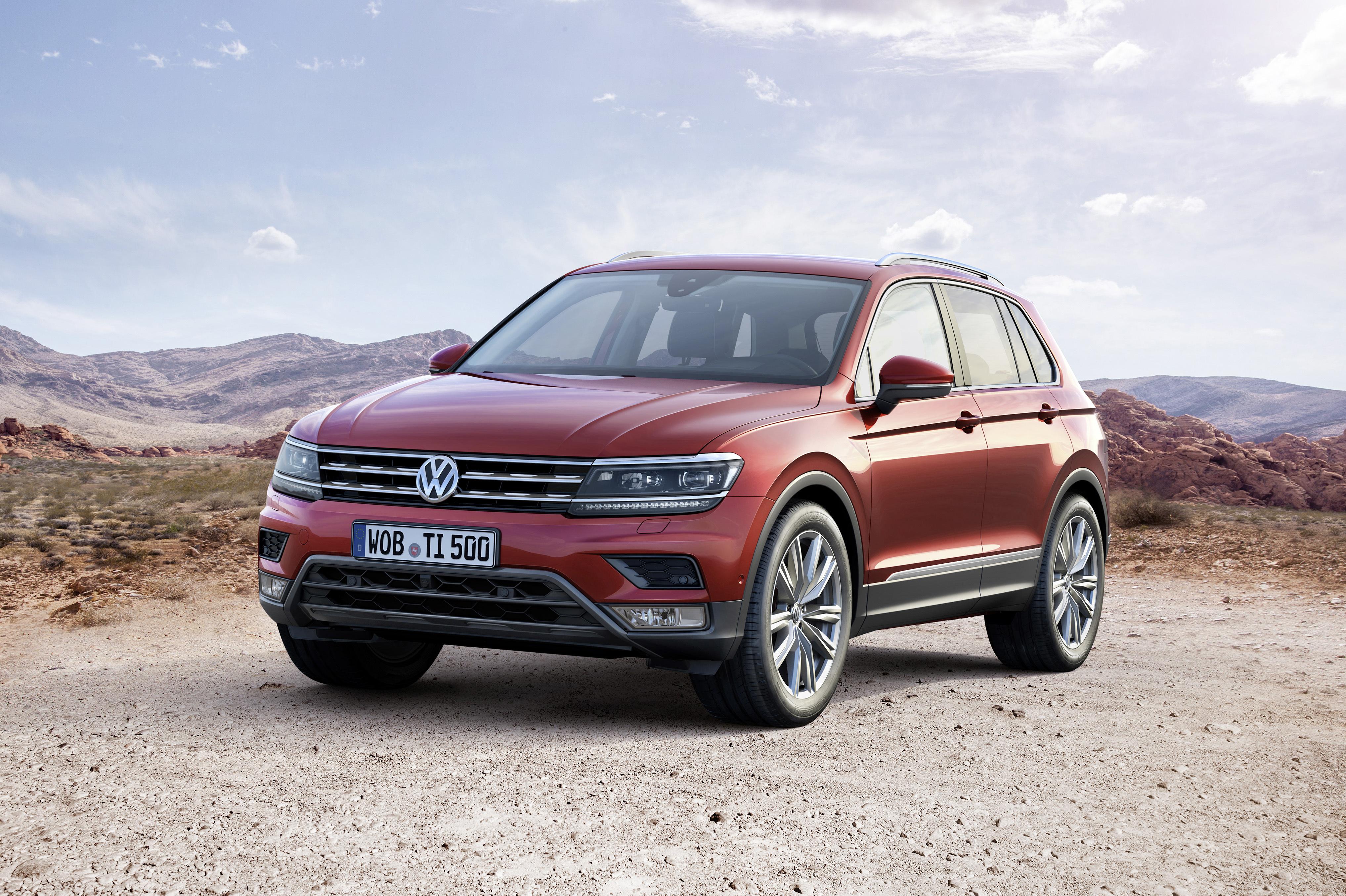 Volkswagen_2015_Tiguan_476720.jpg
