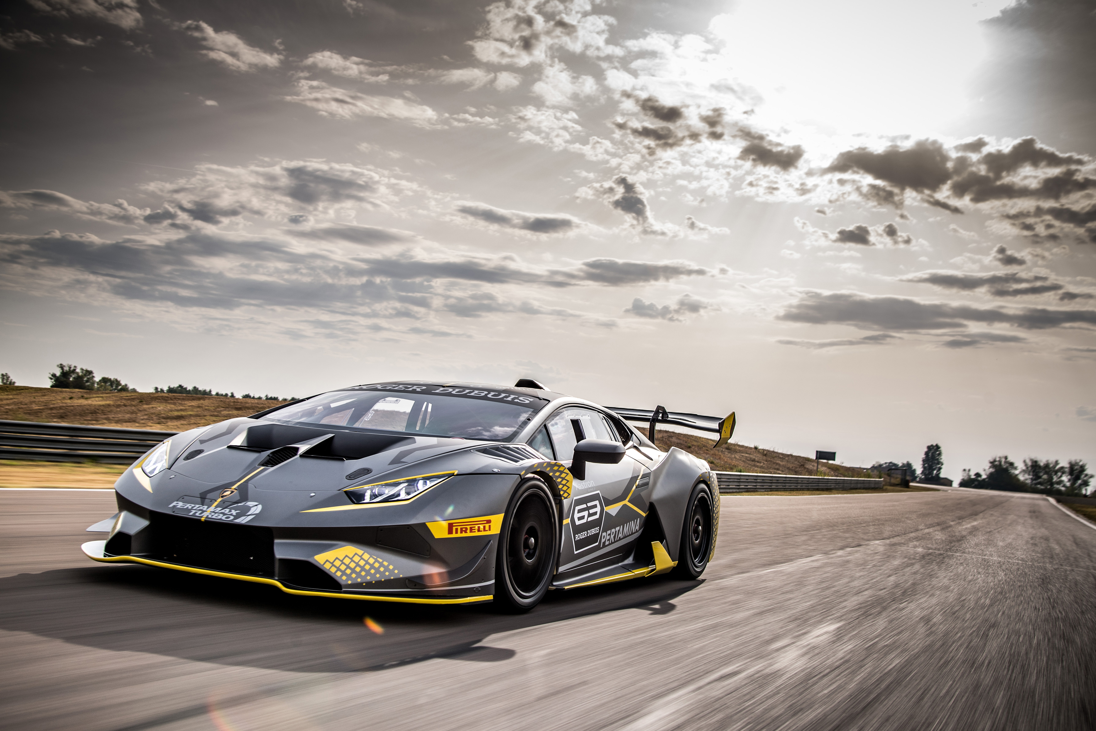 Обои для рабочего стола Стайлинг Ламборгини 2018 Huracán Super Trofeo EVO Серый скорость Автомобили 3600x2400 Lamborghini Тюнинг серые серая едет едущий едущая Движение авто машина машины автомобиль