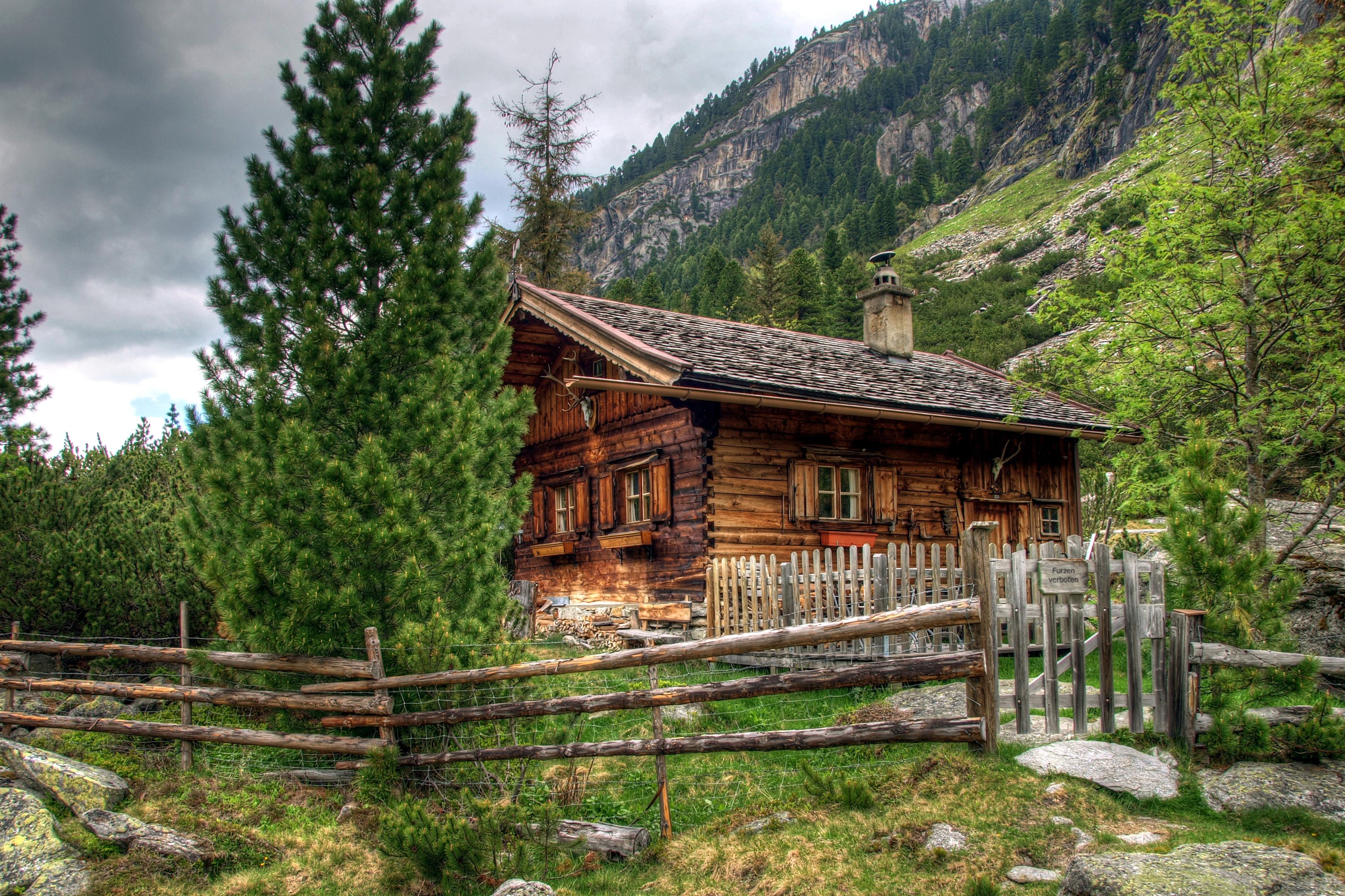 горы дома деревья без смс